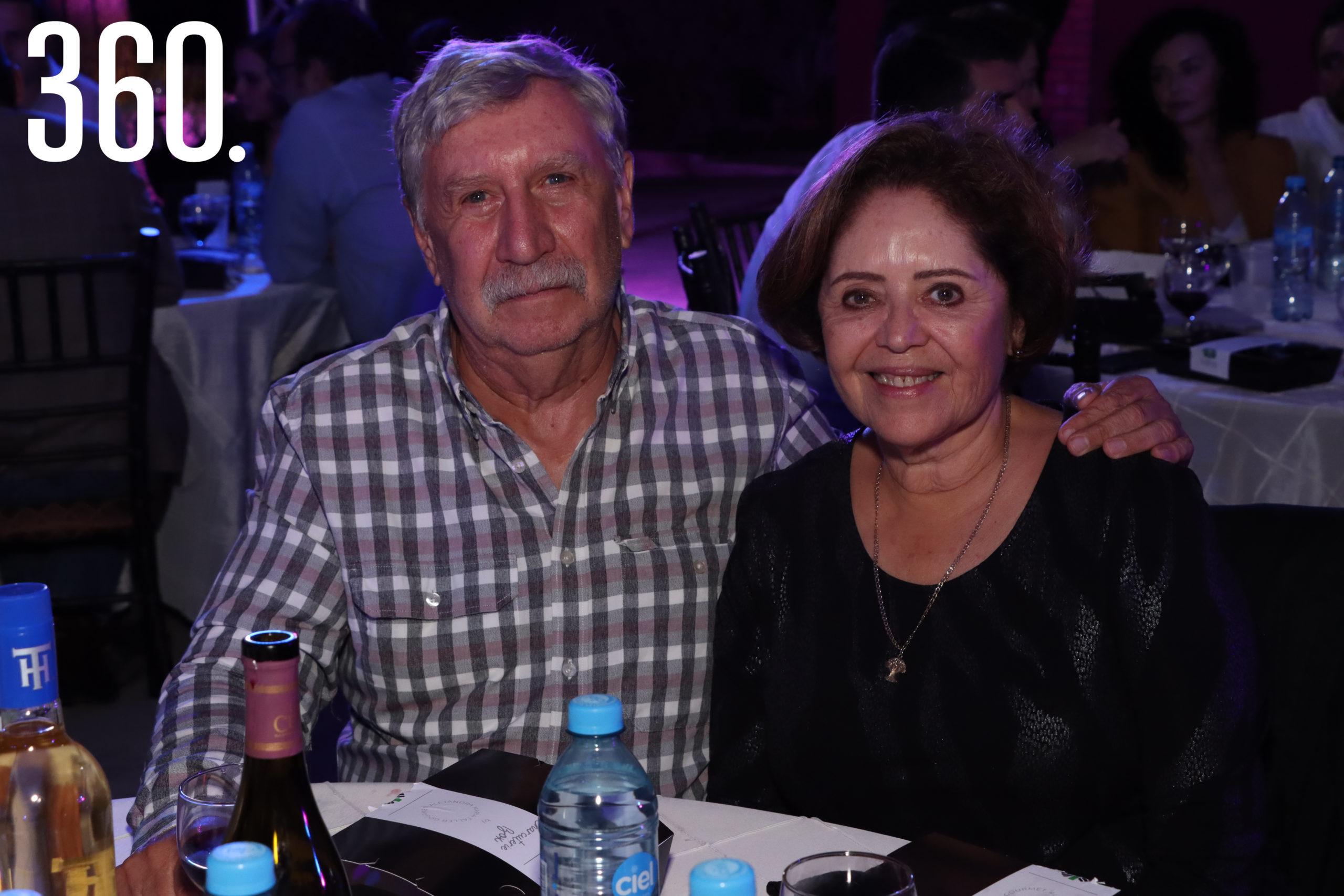 Carlos y Olivia Baille.