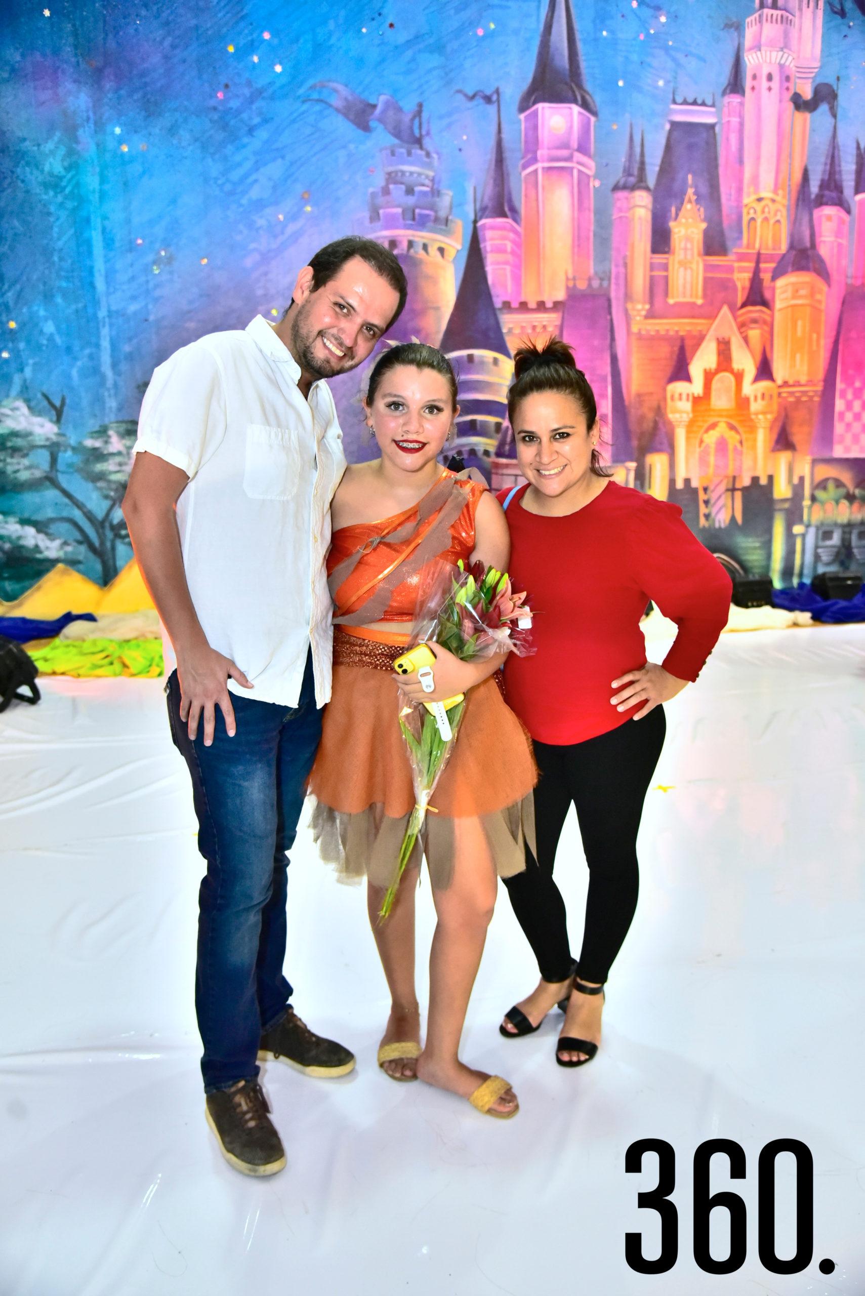Felipe García, Soy García y Valeria Laredo.