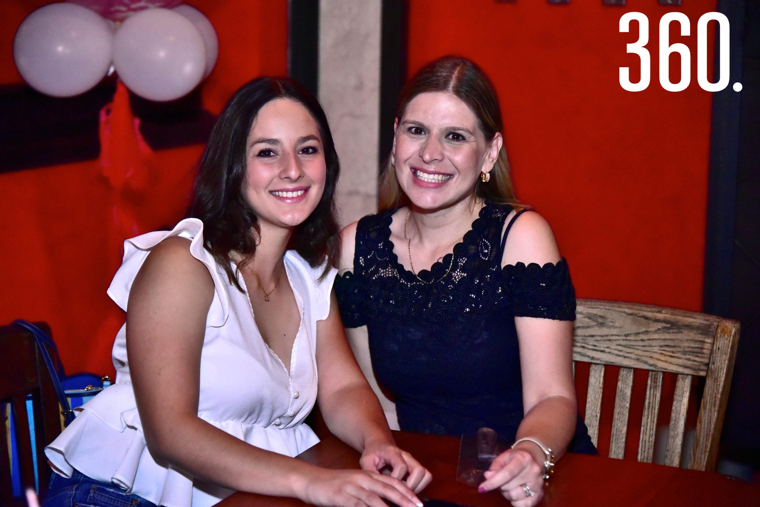 Gabriela Vásquez y Vero Zerrweck.