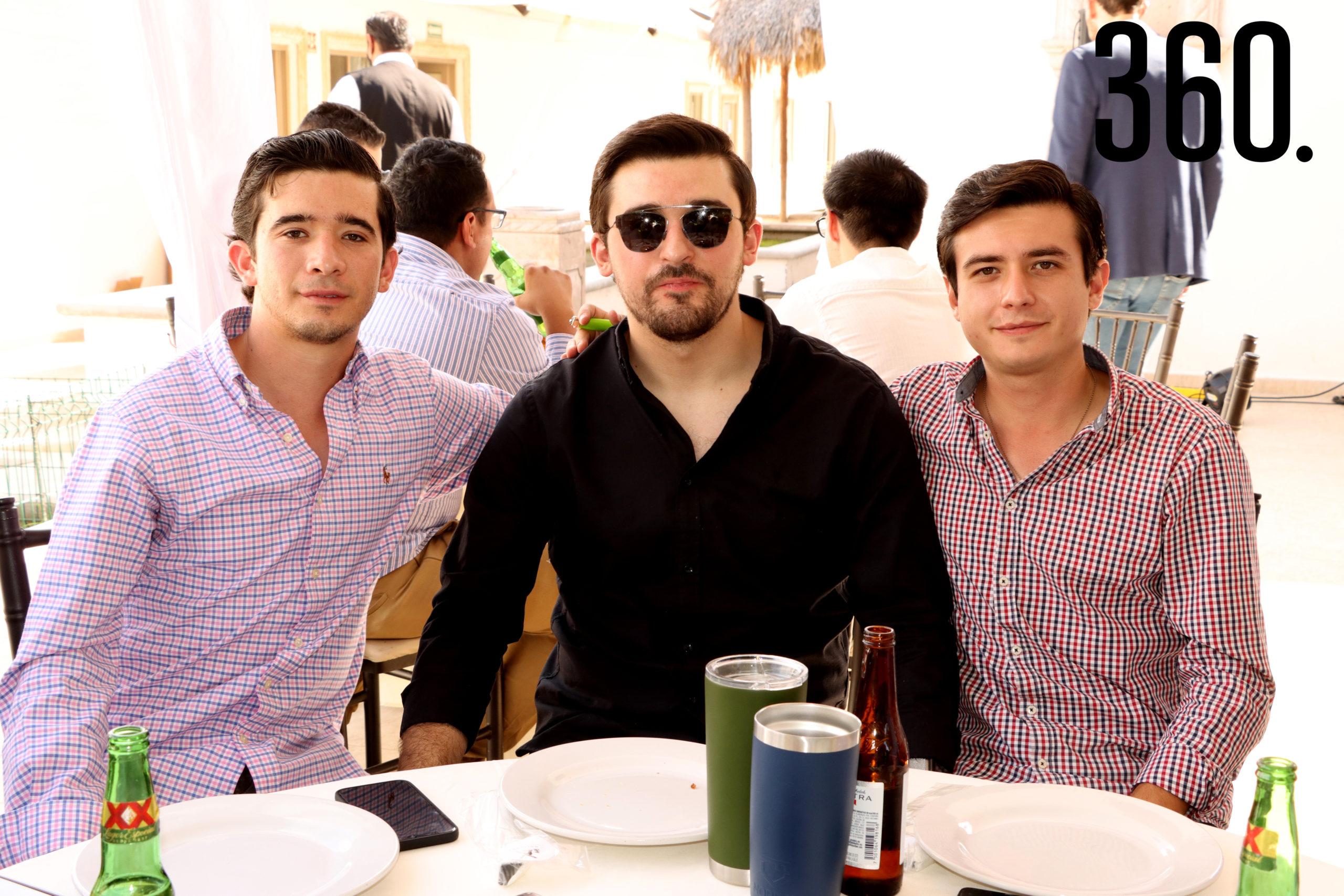 Rodolfo Figueroa, César Cárdenas y José Ros.