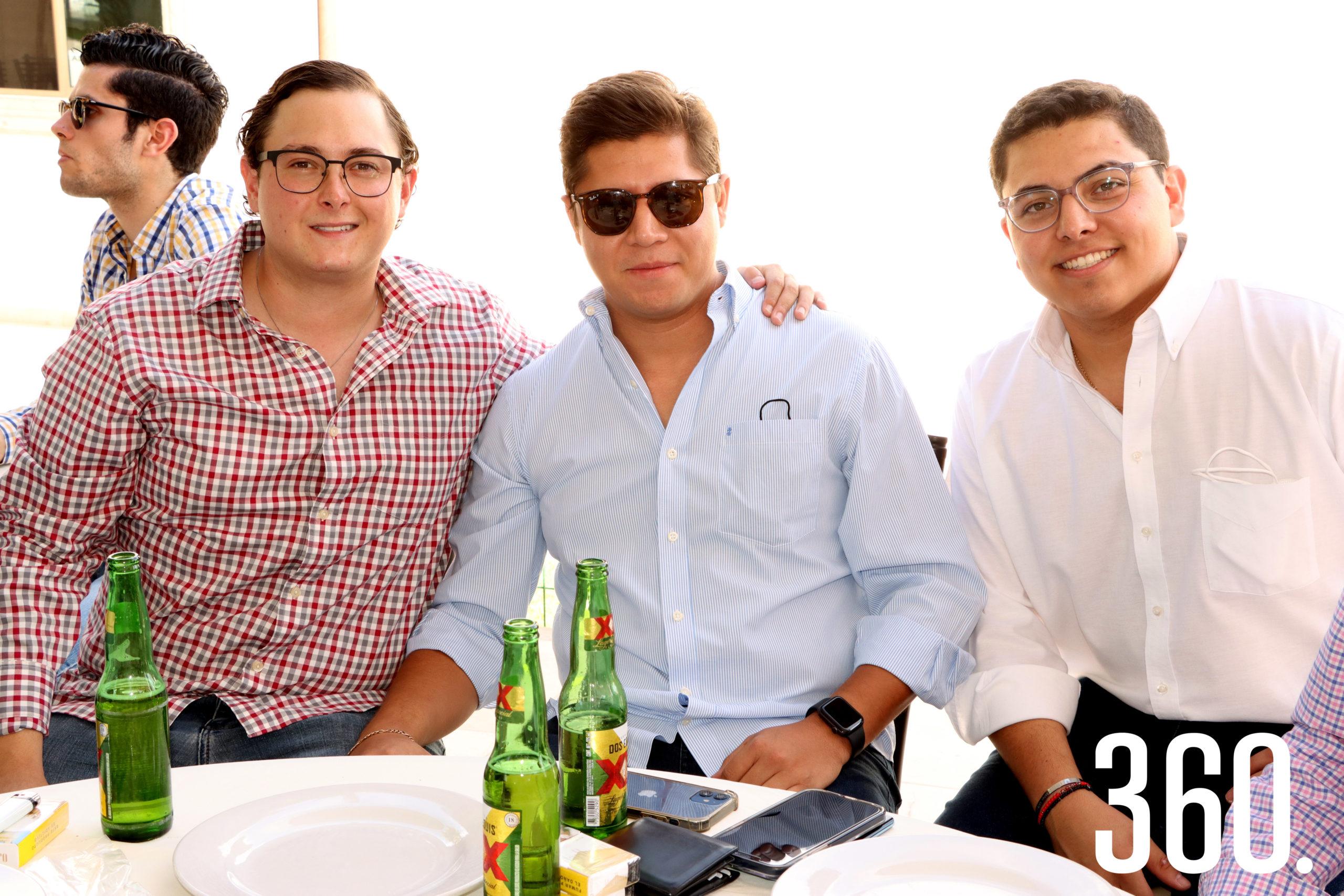 Juan Pablo Dávila, Manuel Prado y Luis Gerardo Carrera.