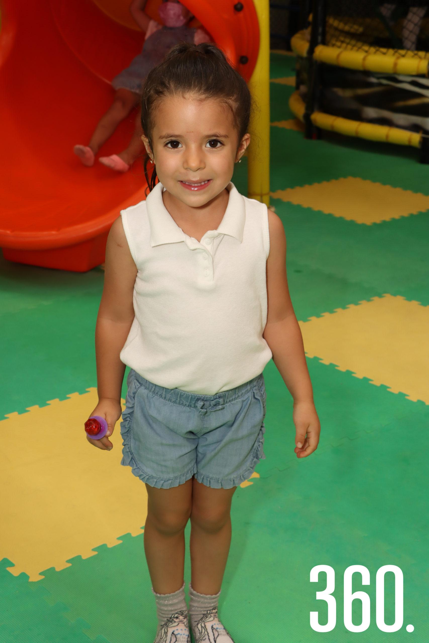 Lucrecia Espinoza.