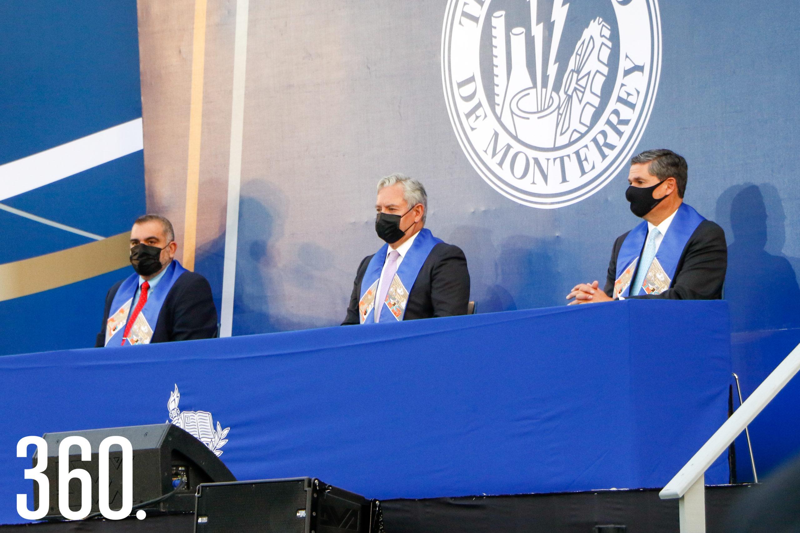 Gilberto Armienta, Mario Adrián Flores y Juan Carlos López, autoridades.