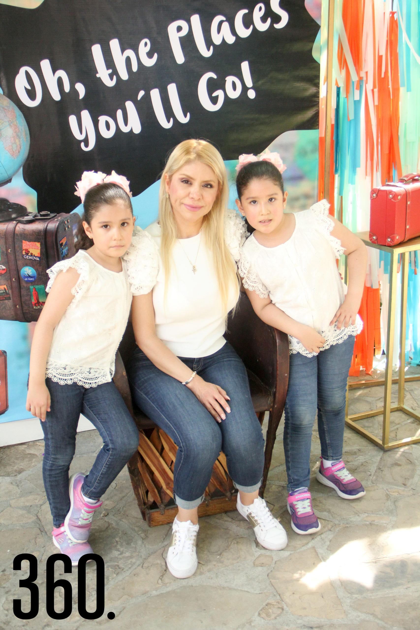 Sofía Muñoz, Erika Chavarría y Natalia Muñoz.