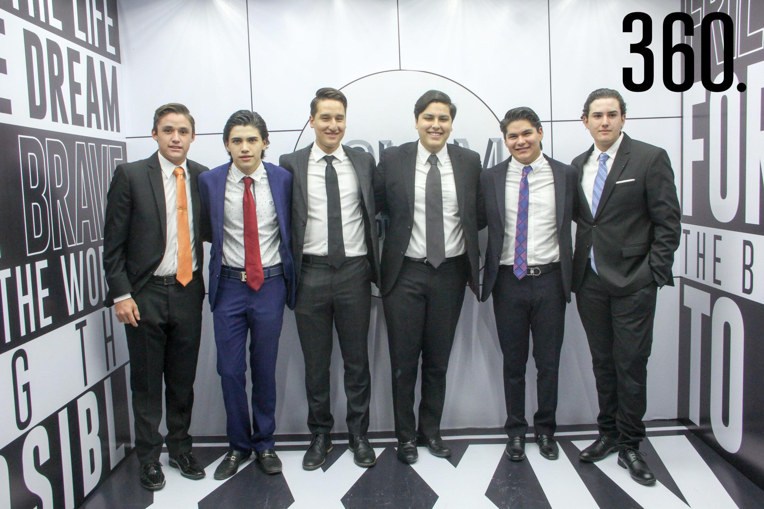 Chuy González, Diego Téllez, Jorge Zamora, Alejandro Álvarez, Emiliano Canales y Rodolfo Fernández.
