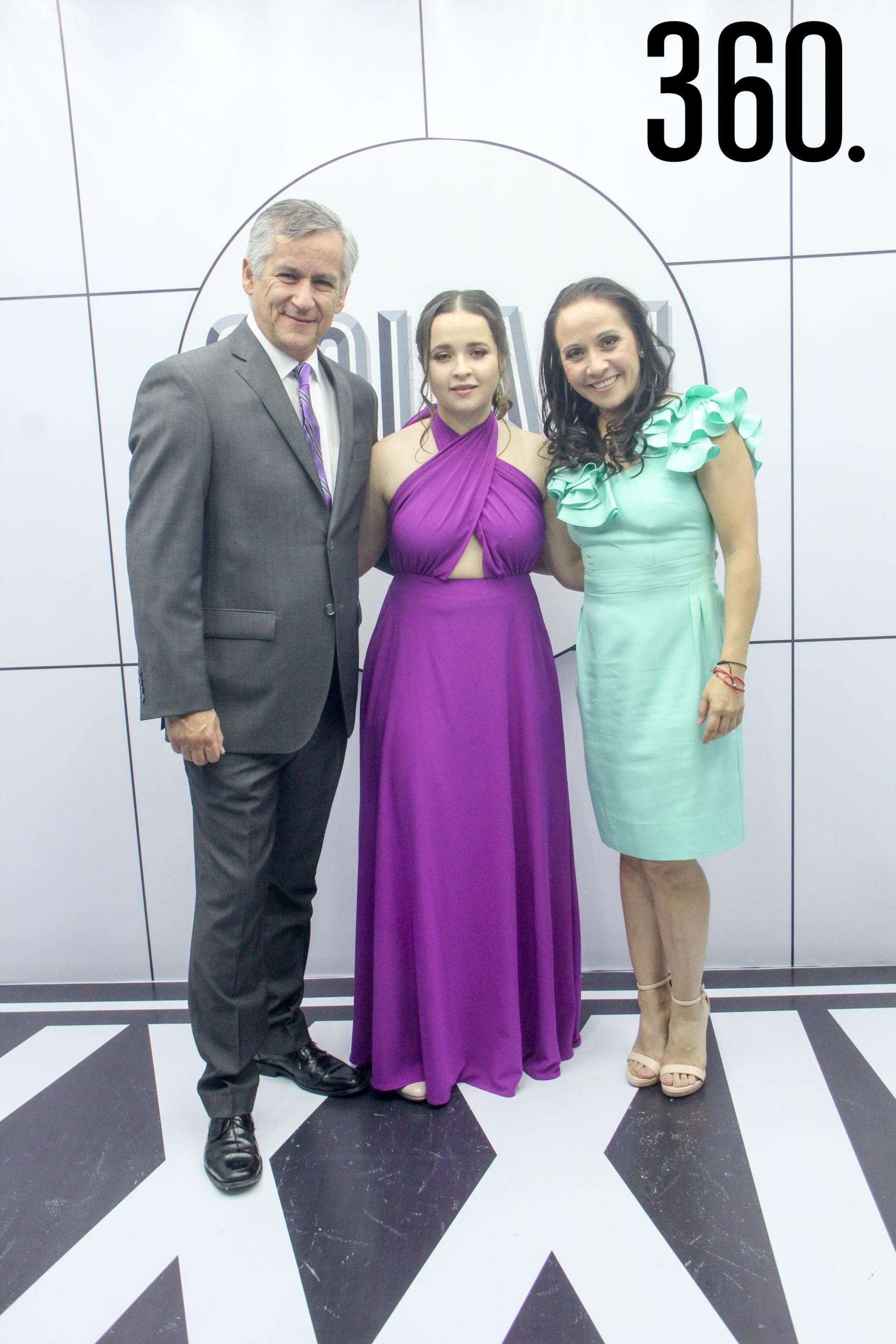 Marcos Pérez, Andrea Pérez y Sonia Vázquez.