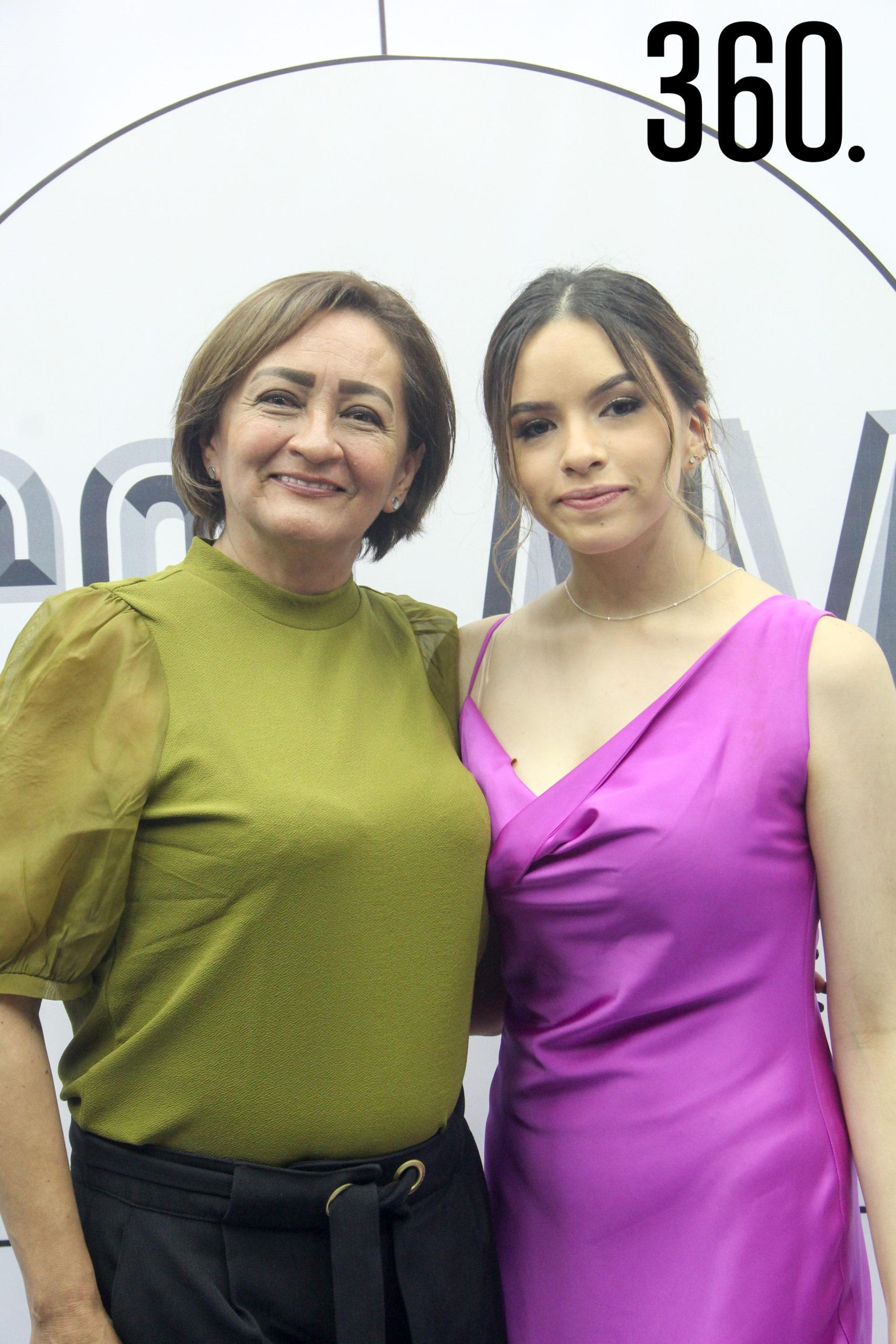 Ilse Cepeda y Cecilia Torres.