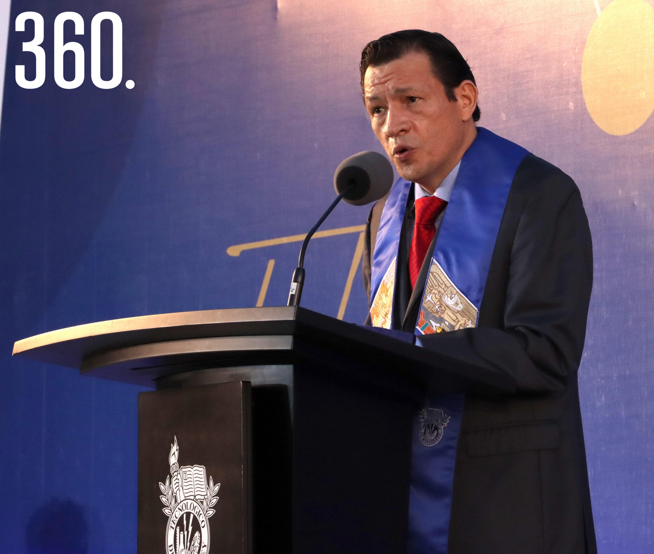 Crisanto Manuel Martínez Trujillo, director región Monterrey y Prepa Tec.
