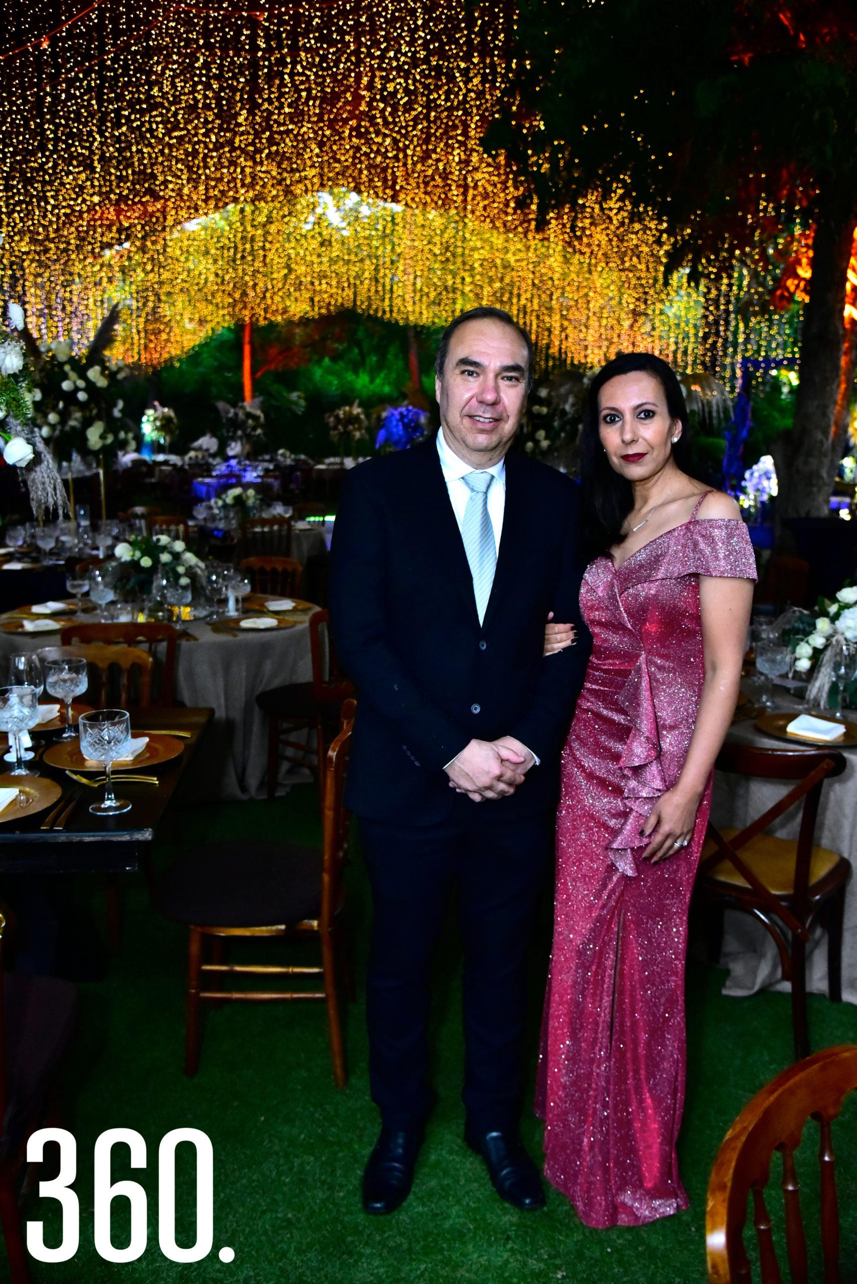 Ernesto Ruiz y Claudia Arquieta.