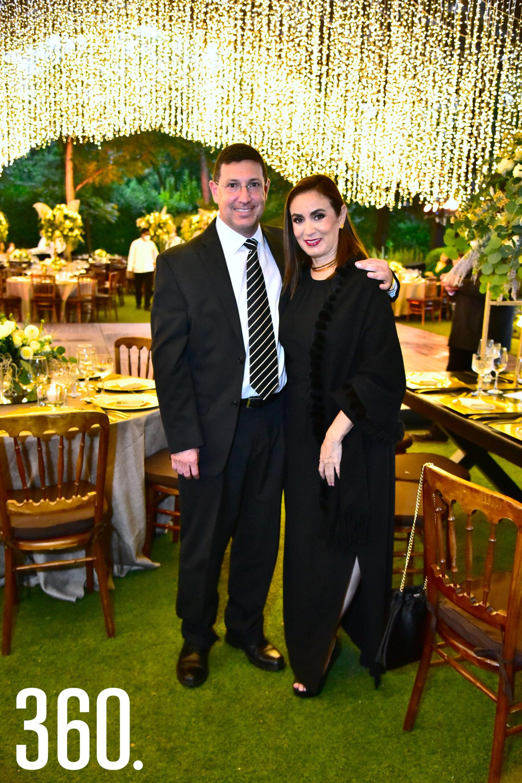 Carlos Ramos y Georgina Padilla.