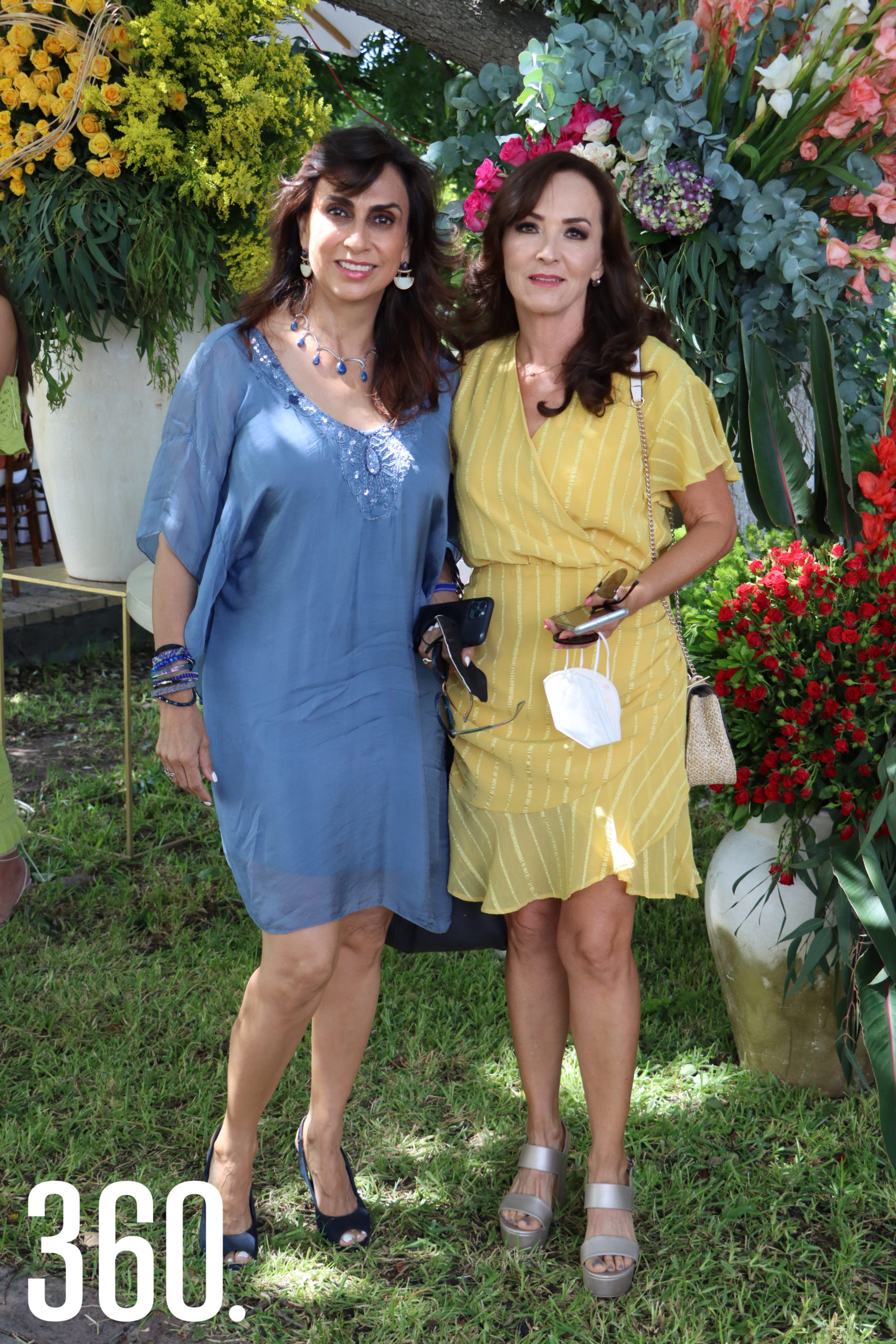 Mireya Ramos Arizpe y Margarita Herrera.