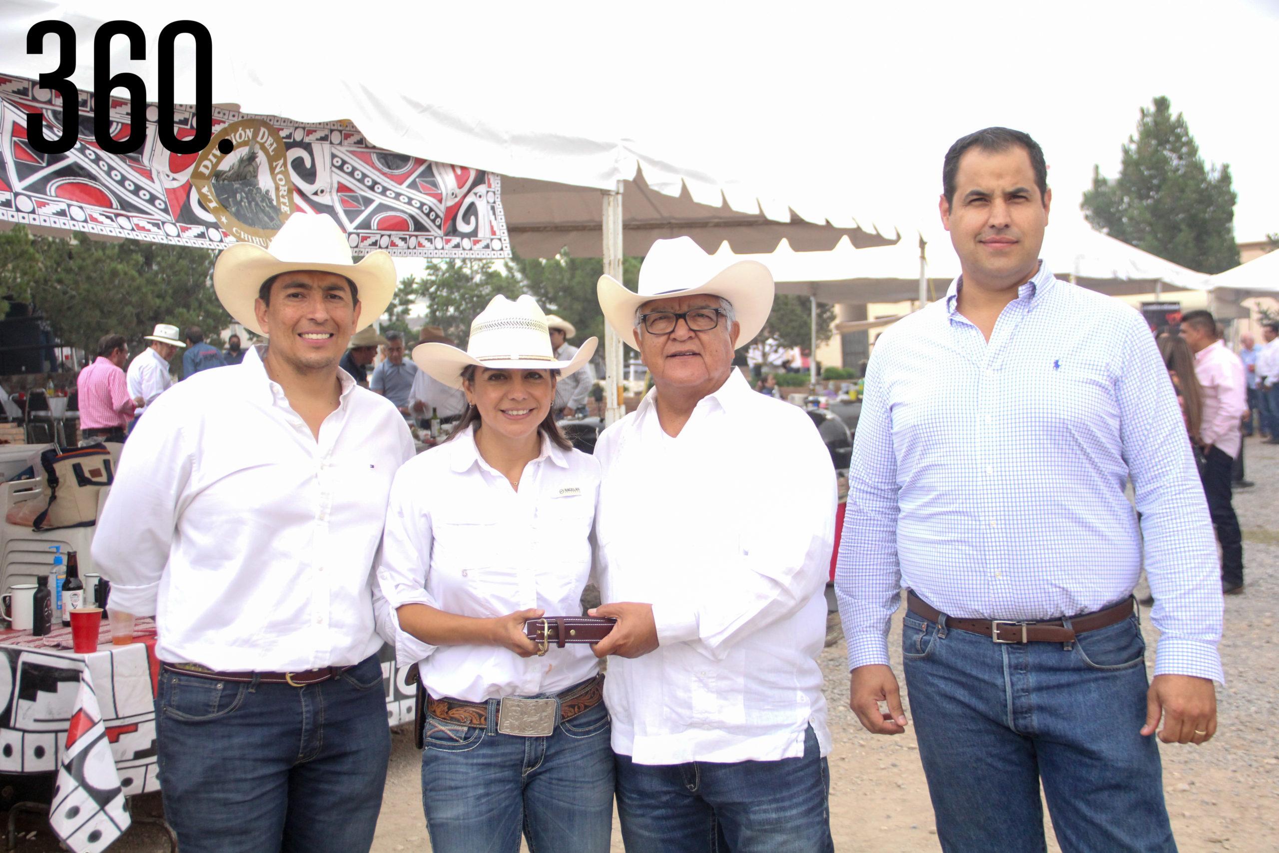 Arturo Jiménez, Sandra Valenciana, José Luis Flores e Isaías Montemayor.