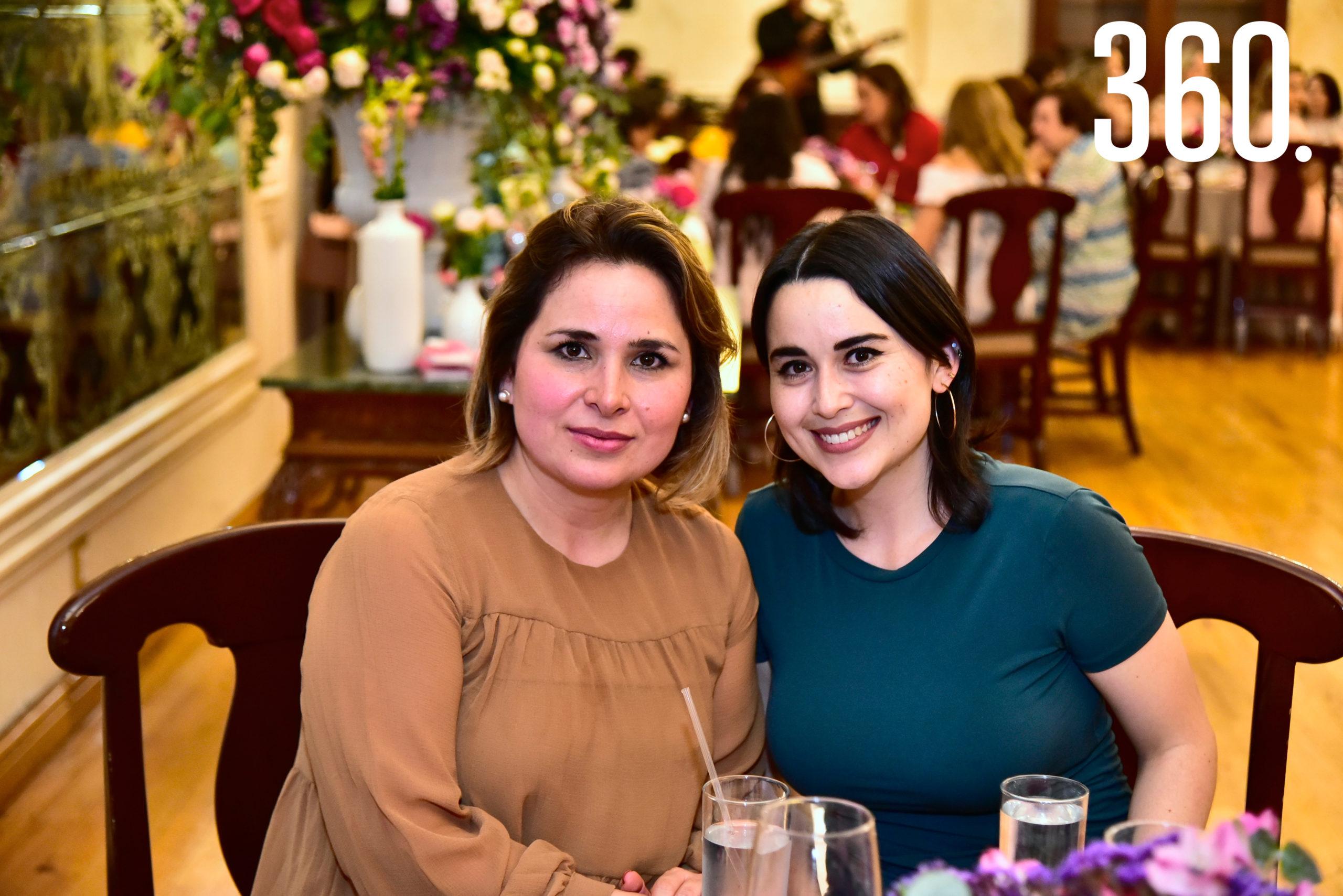 Ludivina Leija y Silvia Miller.