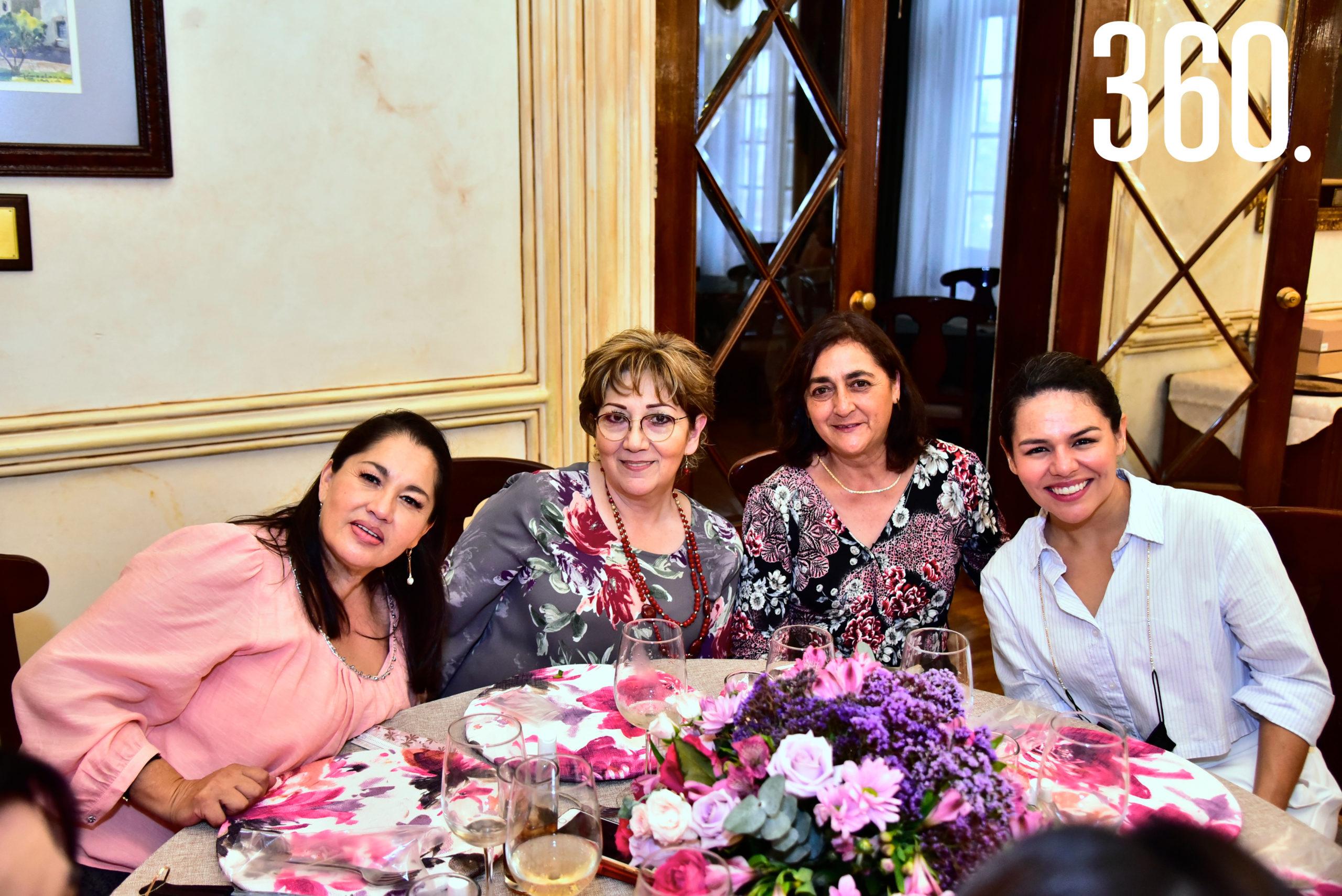 Diana Hernández, Lorena Garza, Patricia Durón y Perla Cabral.