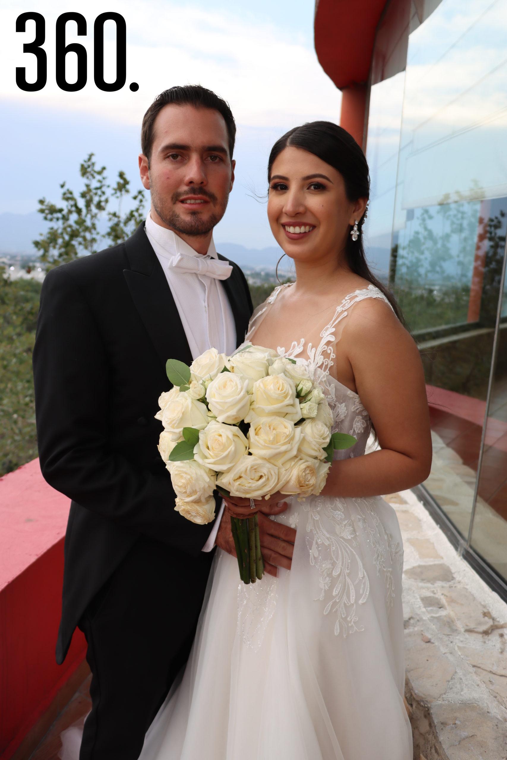 Ana Sofía Tovar Fernández y Juan Pablo Villalobos Rodríguez unieron sus vidas mediante el sacramento del matrimonio.