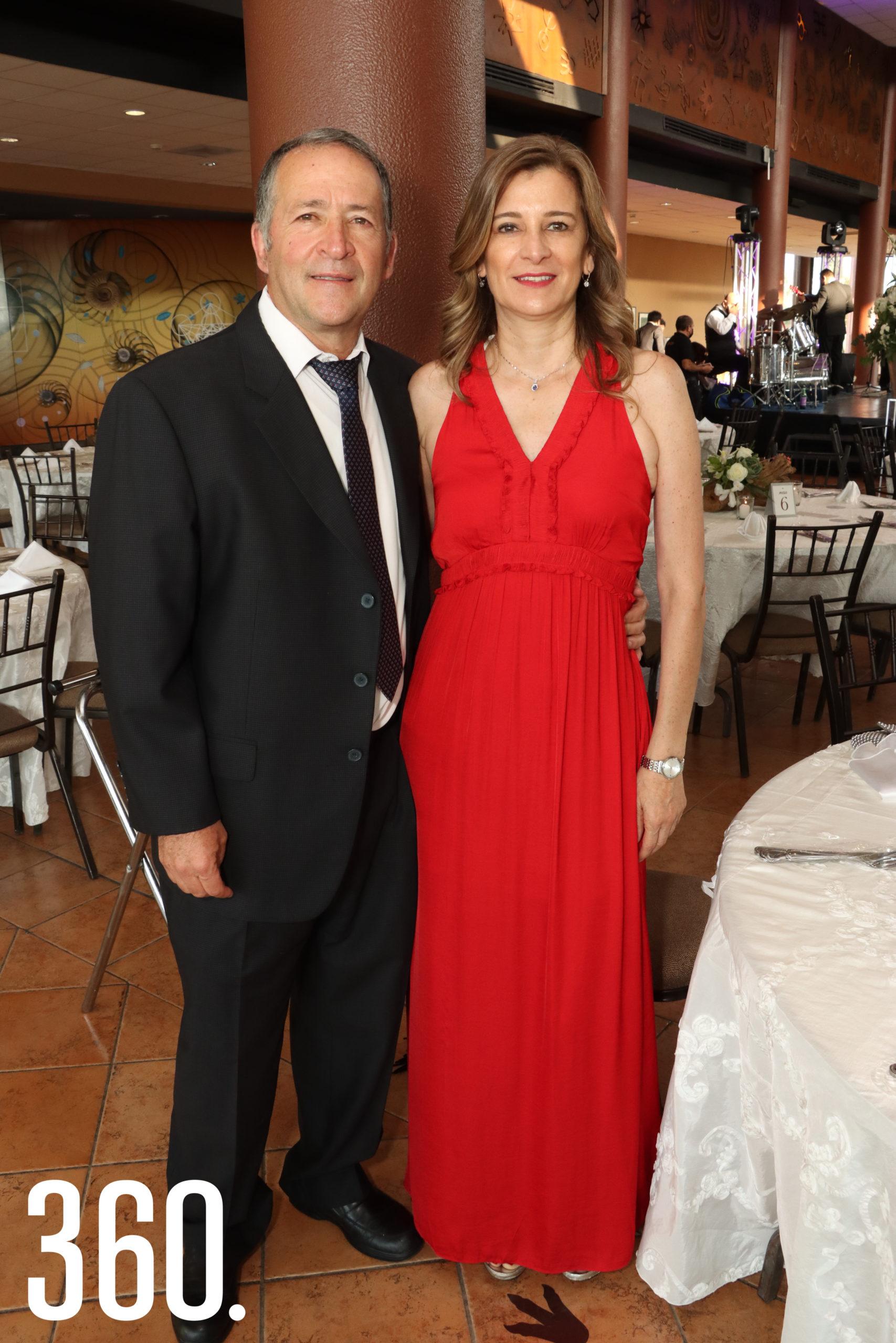 Silvia Perales y Héctor López.