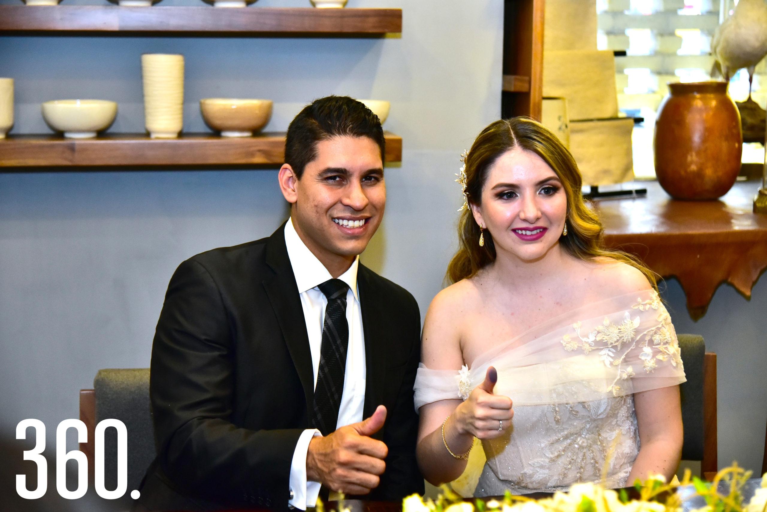 Javier Villaseñor Coss y Ale Villasana González.
