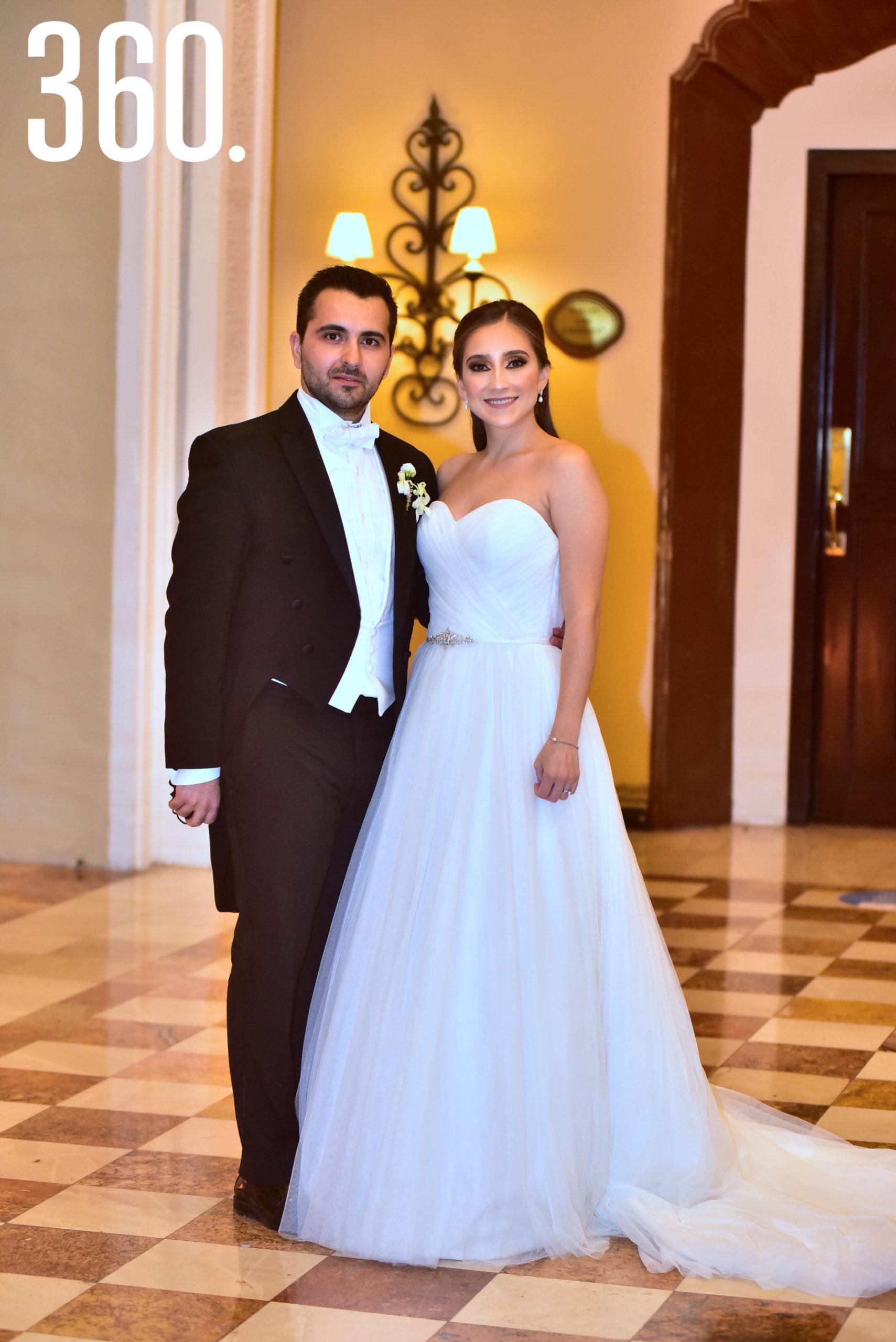 Daniela de la Peña y Víctor Valdés.