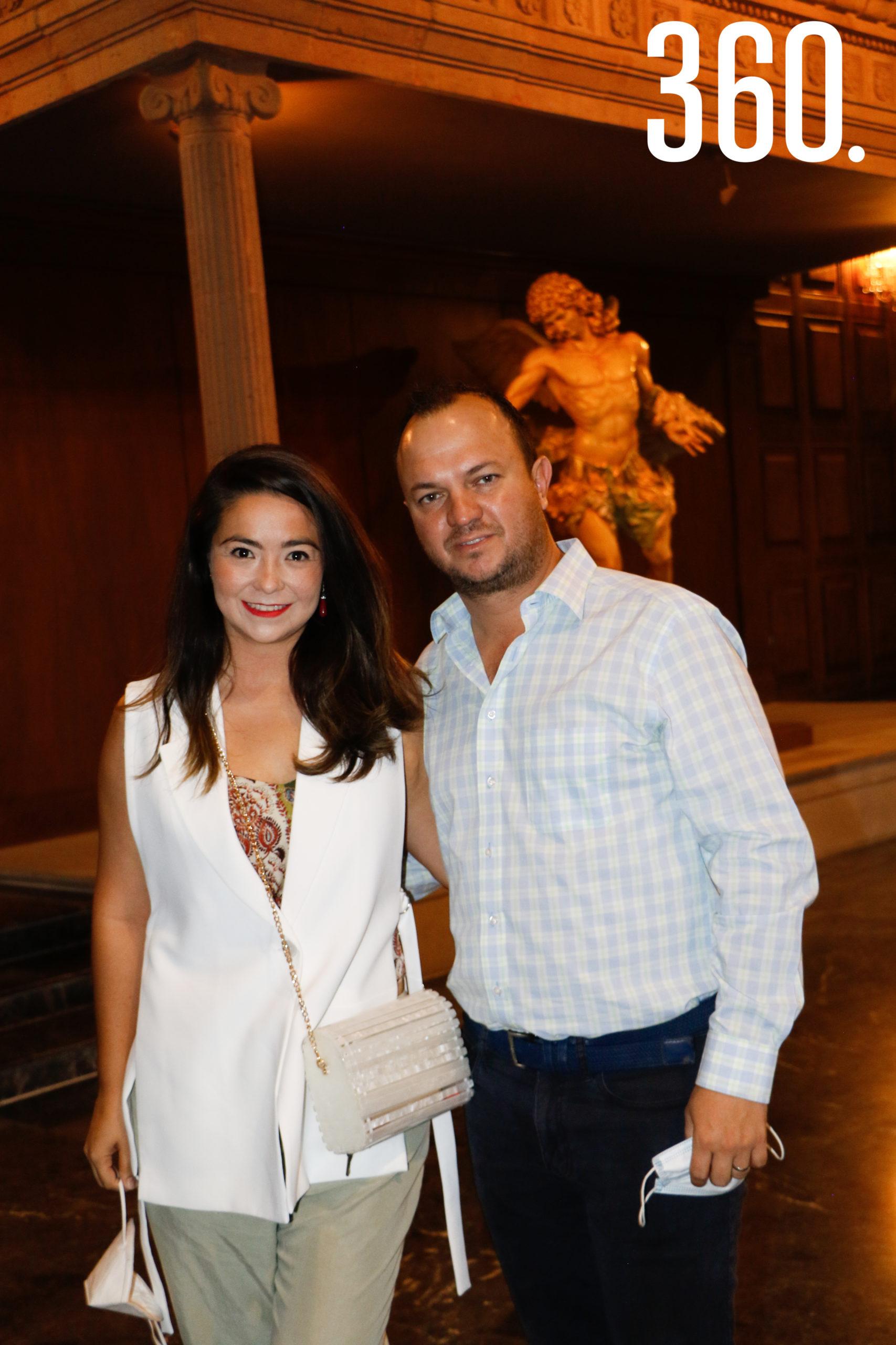 Alina González y Rodrigo Guajardo.