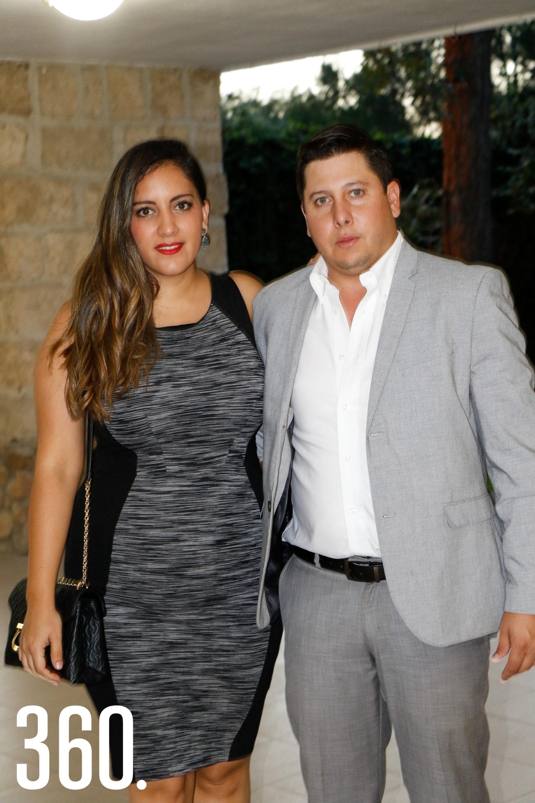 Alejandra Fernández y Raúl Barba.