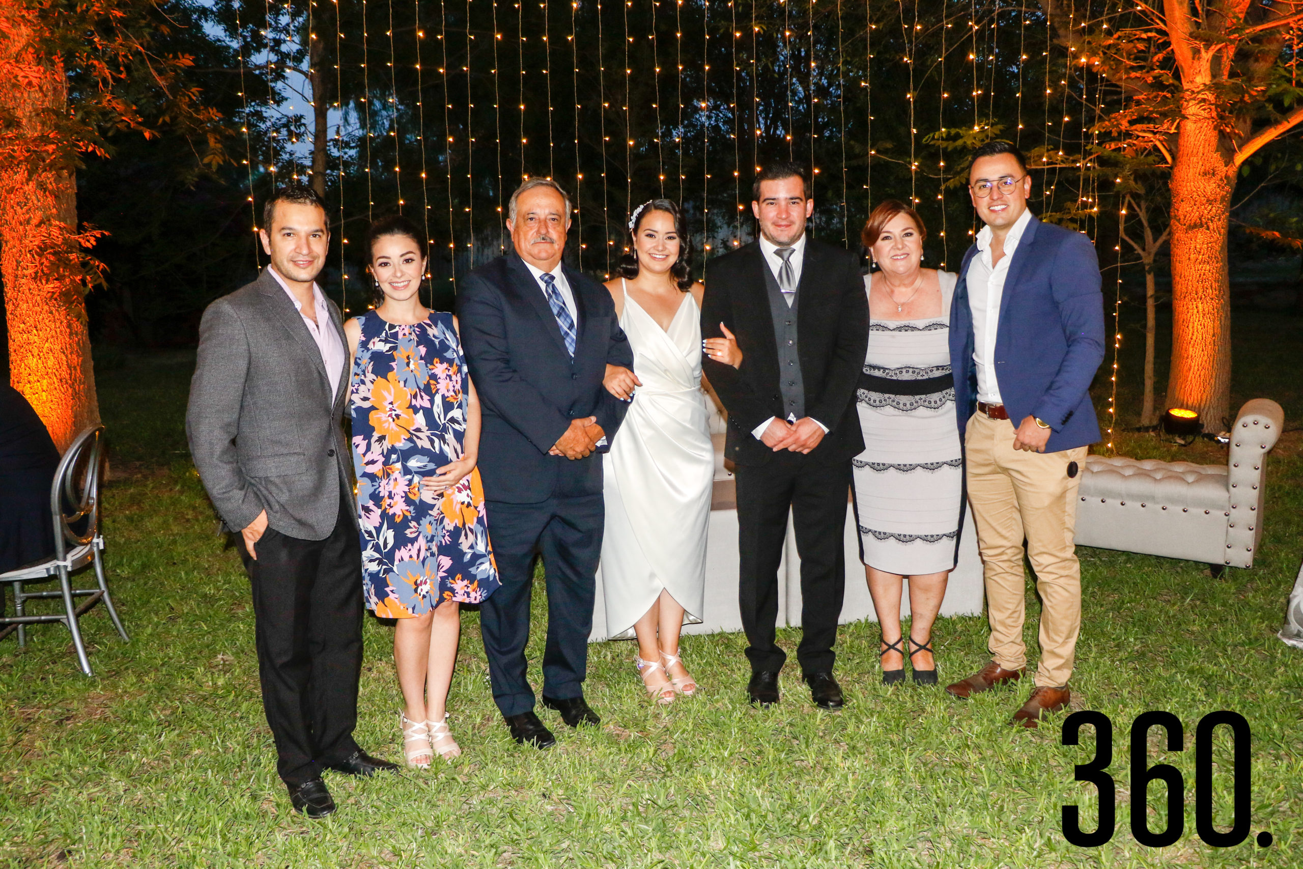 Miguel Sierra, Yoyis Rangel, Mario Rangel, Paulina Rangel, Gaspar Reyes, Gloria Aguirre y Mario Rangel.