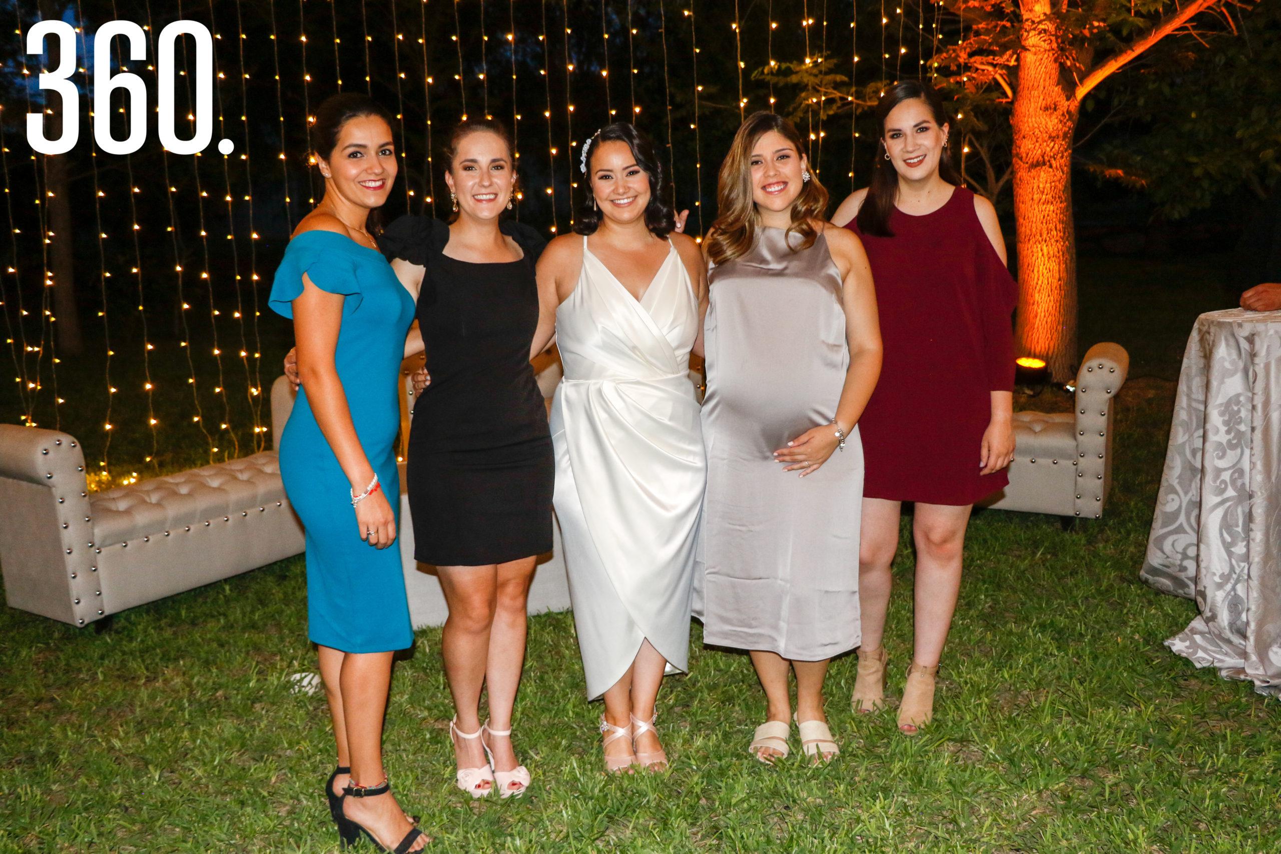 Lorena Fraustro, Orvilia Flores, Paulina Rangel, Claudia Coronado y Alejandra Reinaga.