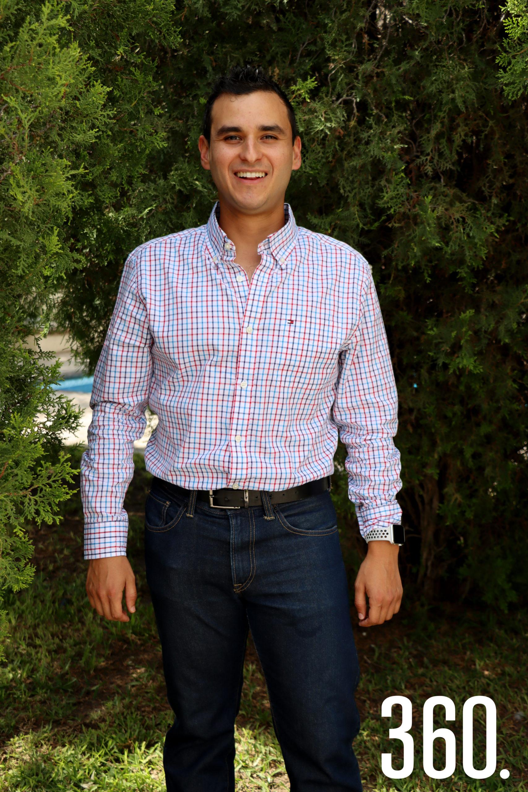 Mauricio Oyervides Guerrero se casará el cuatro de septiembre.
