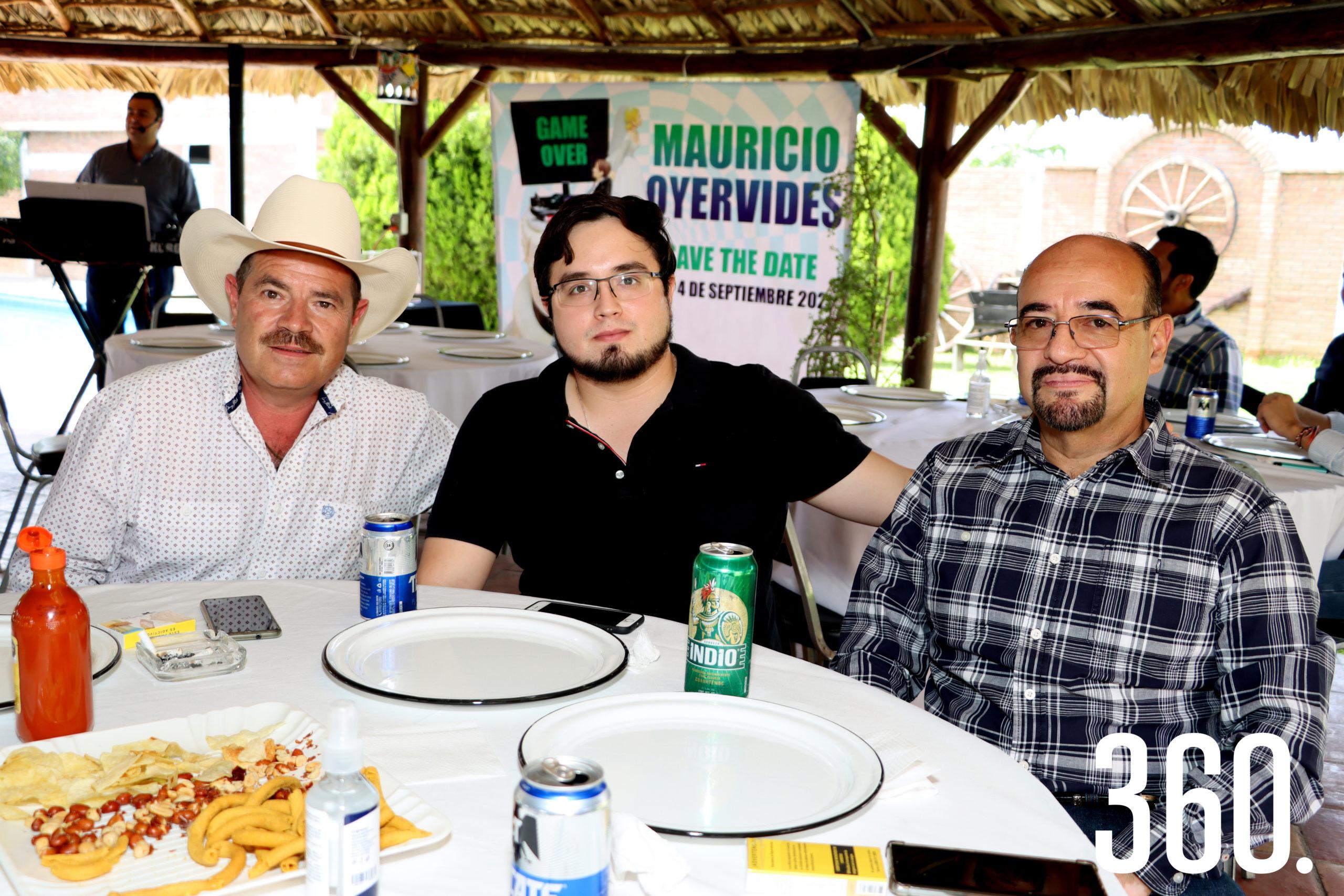 Jorge de Peña, Diego Saucedo y Reynaldo Rodríguez.