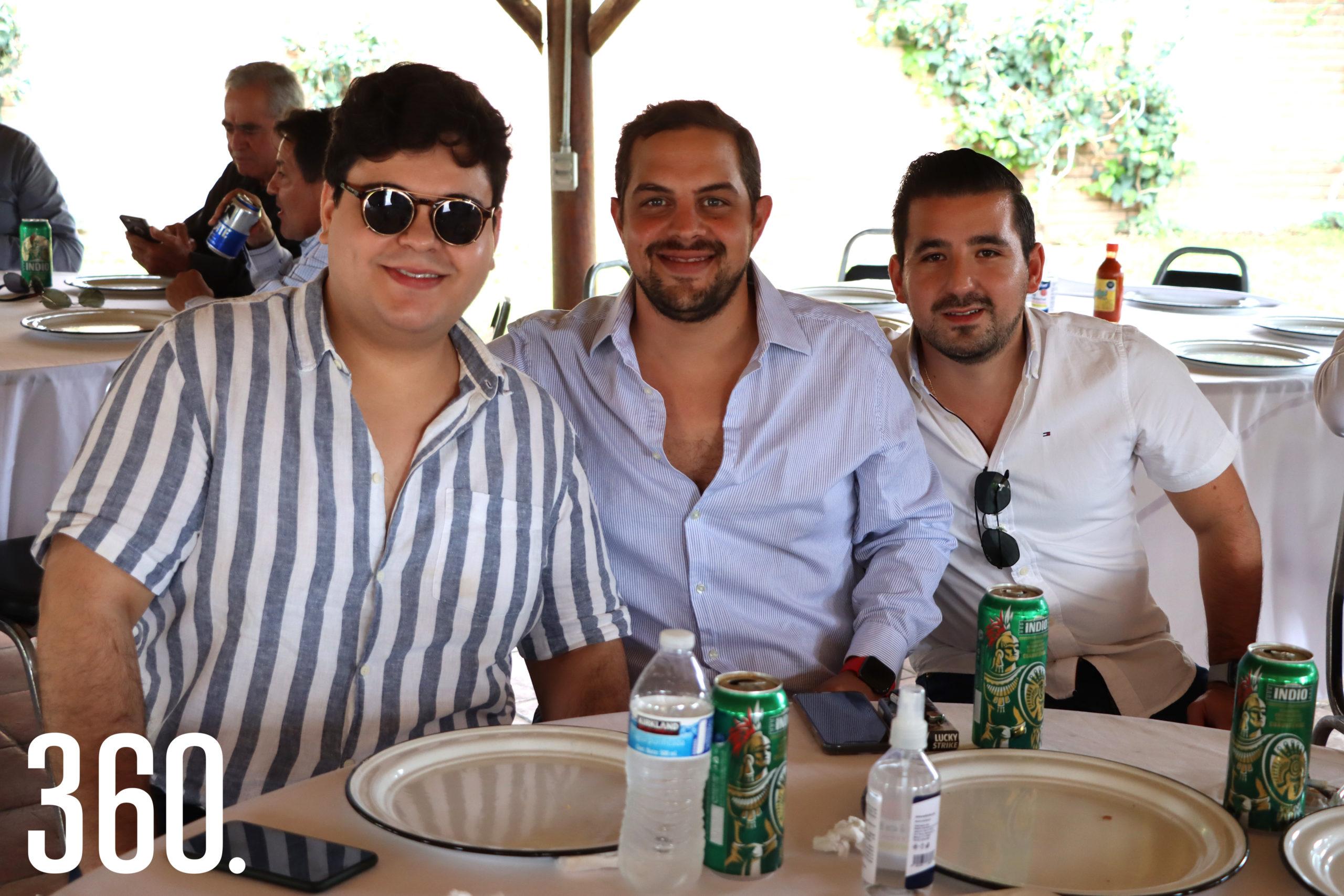 José Robles, Matías Lindow y Luis Arturo González.