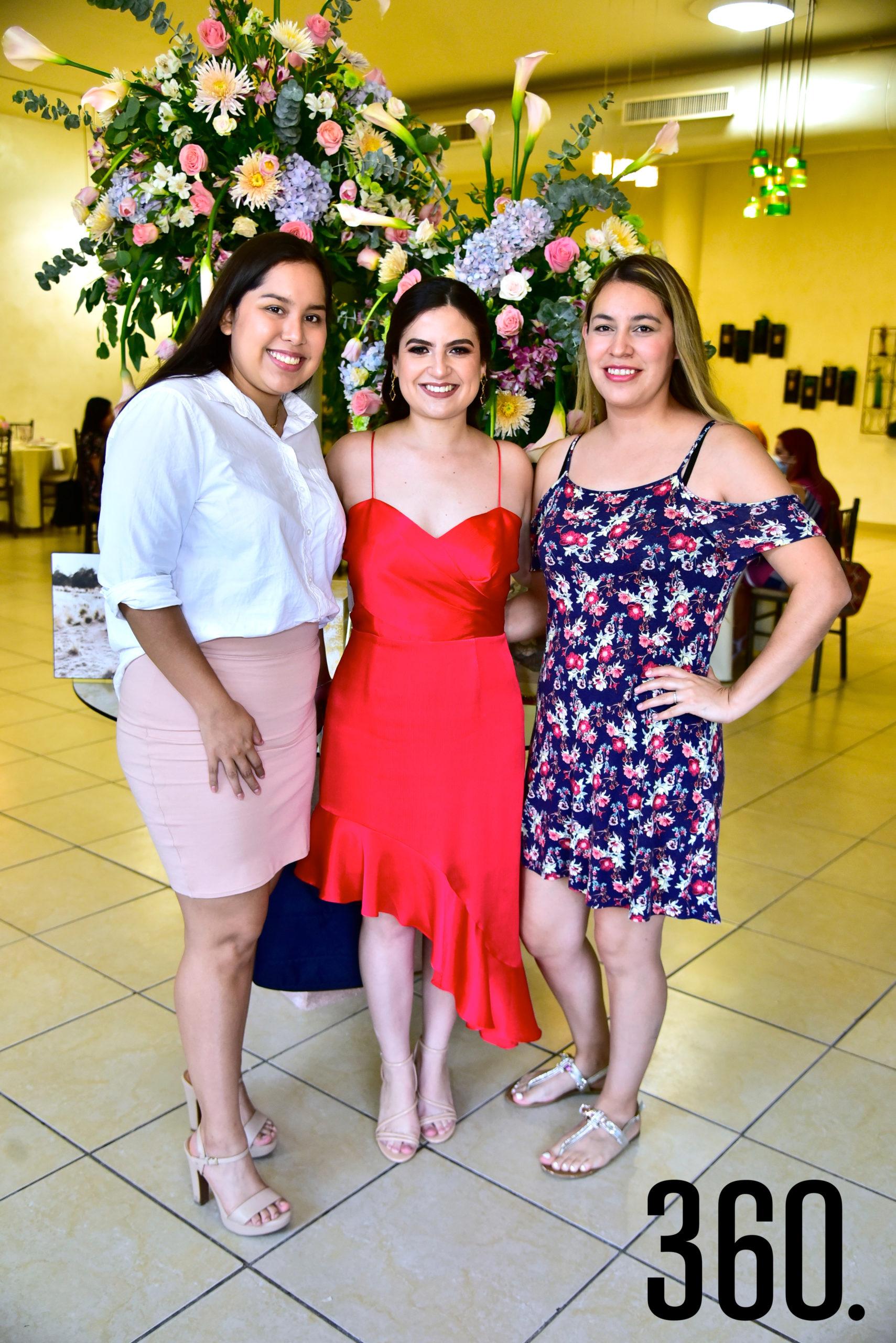 Heidy Oviedo, Ana Sofía Saucedo y Janeth Muñoz.