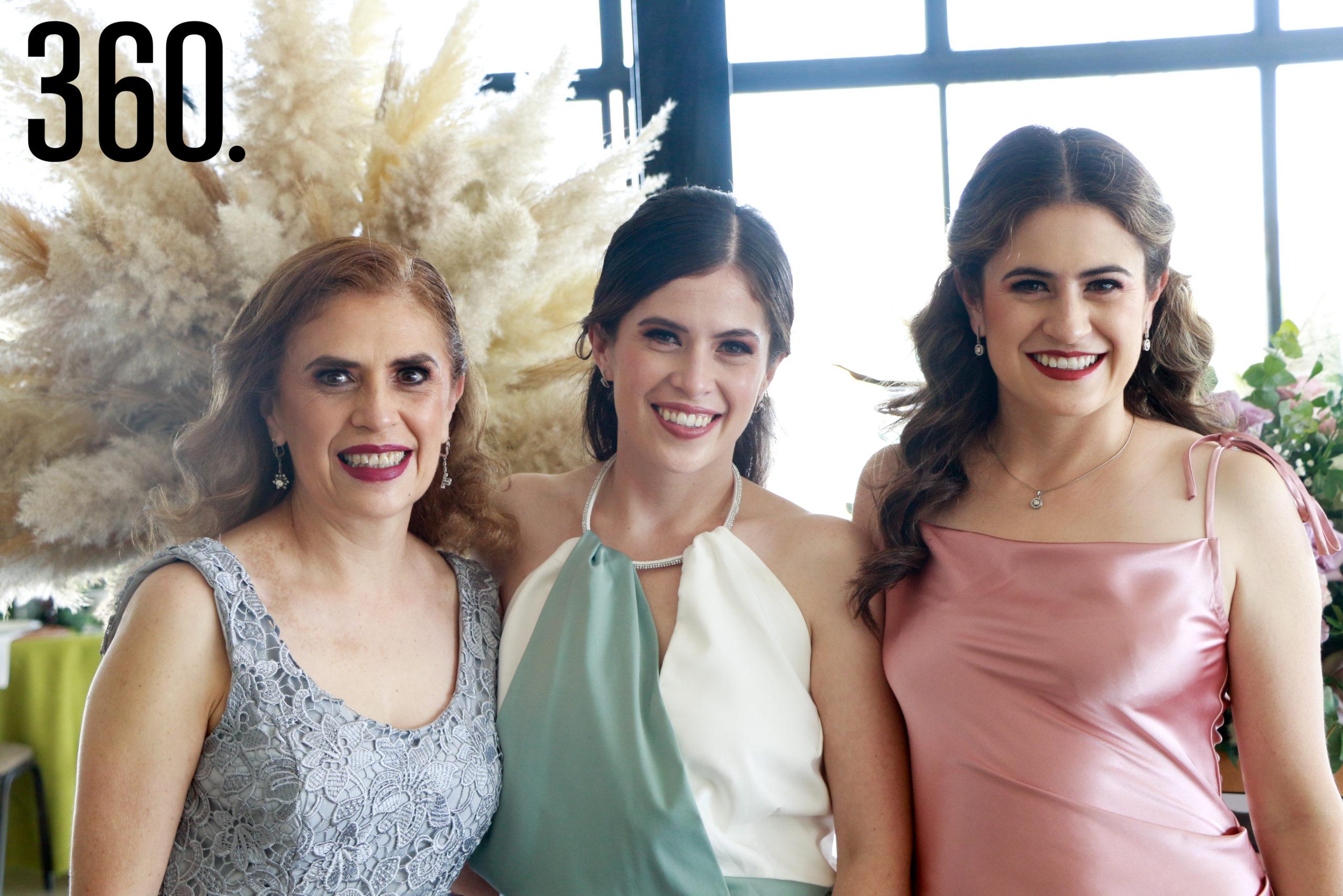 Patricia Castro, Andrea Fuentes, Paulina Fuentes y María Paulina Aguirre.