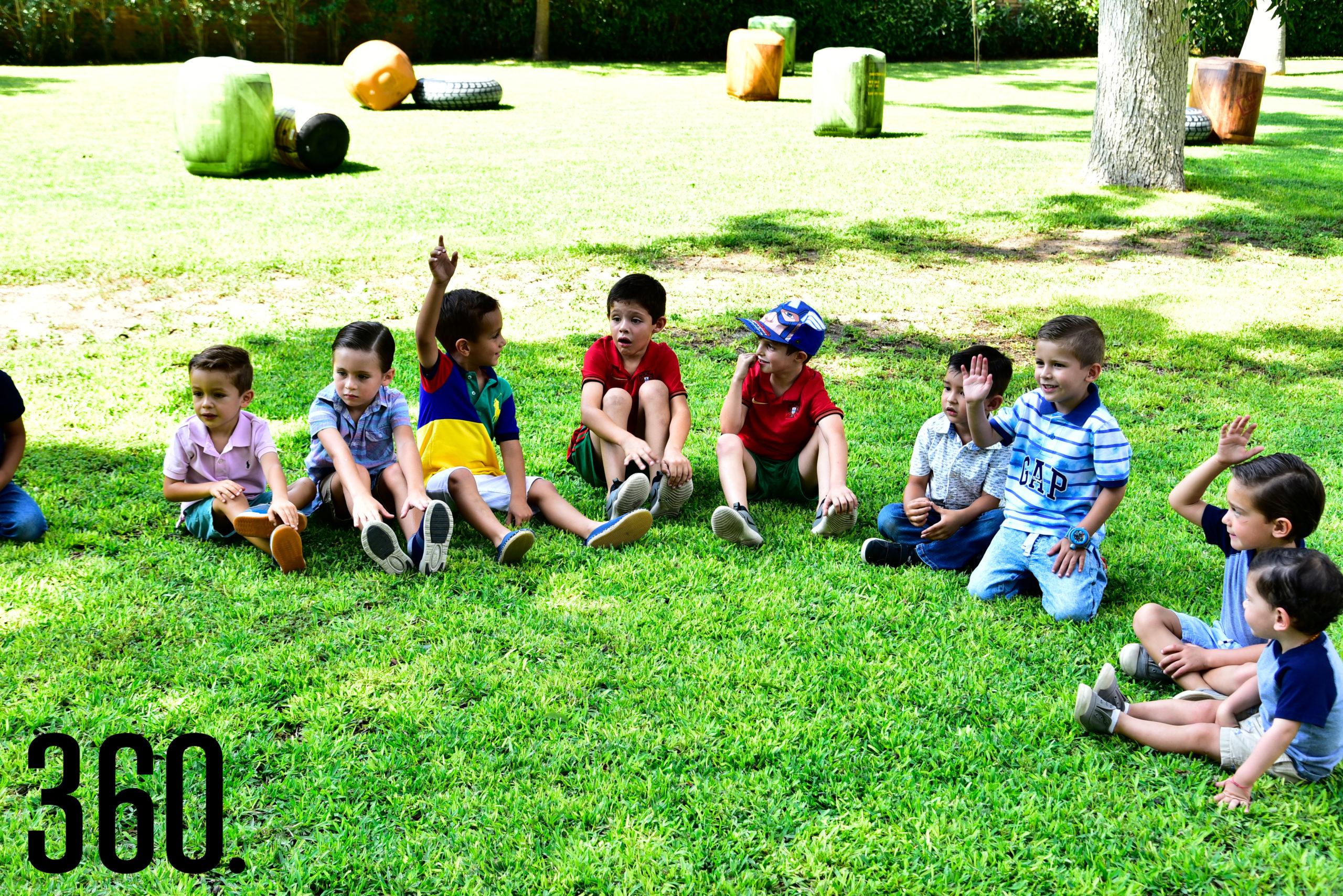 Los asistentes pudieron convivir con los animales y pasarla en grande en el Jardín Marinés.