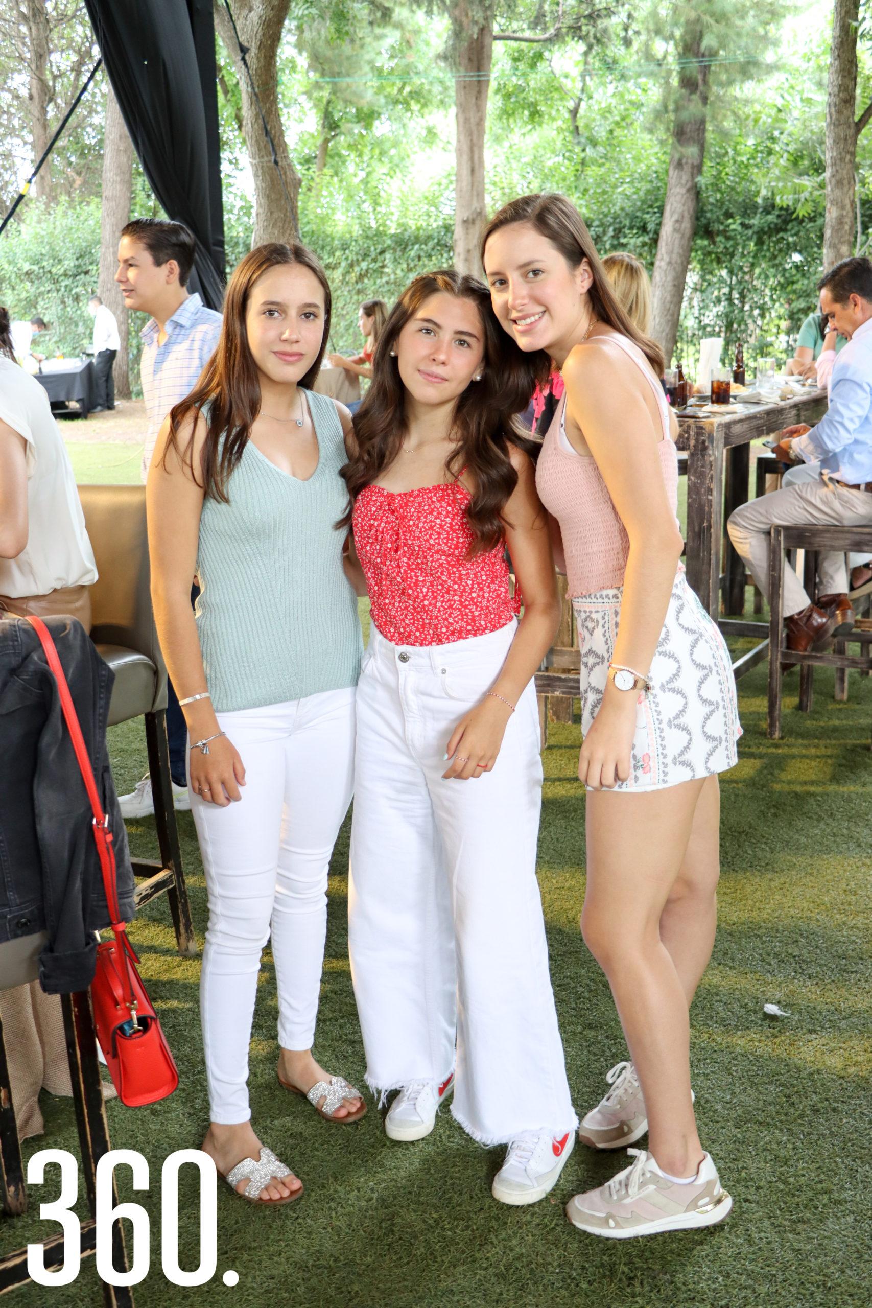 Paulina Colunga, María Sofía Montemayor y María Colunga.