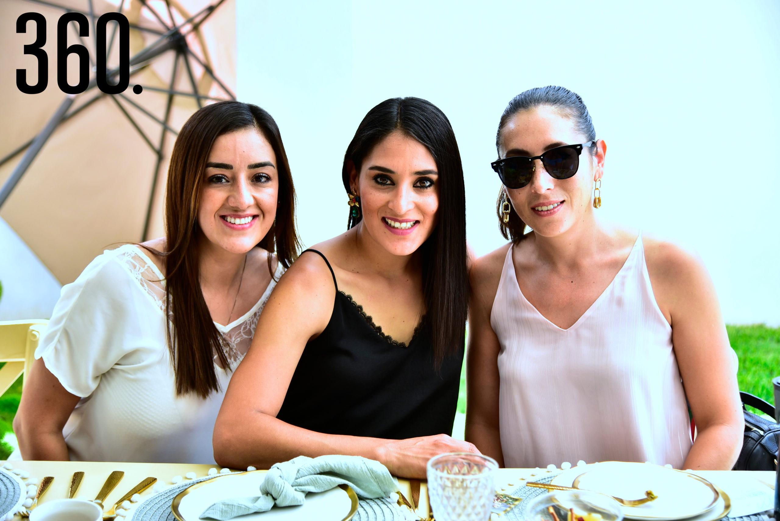 Evelin Leyva, Cindy Hernández y Belinda Oranday.