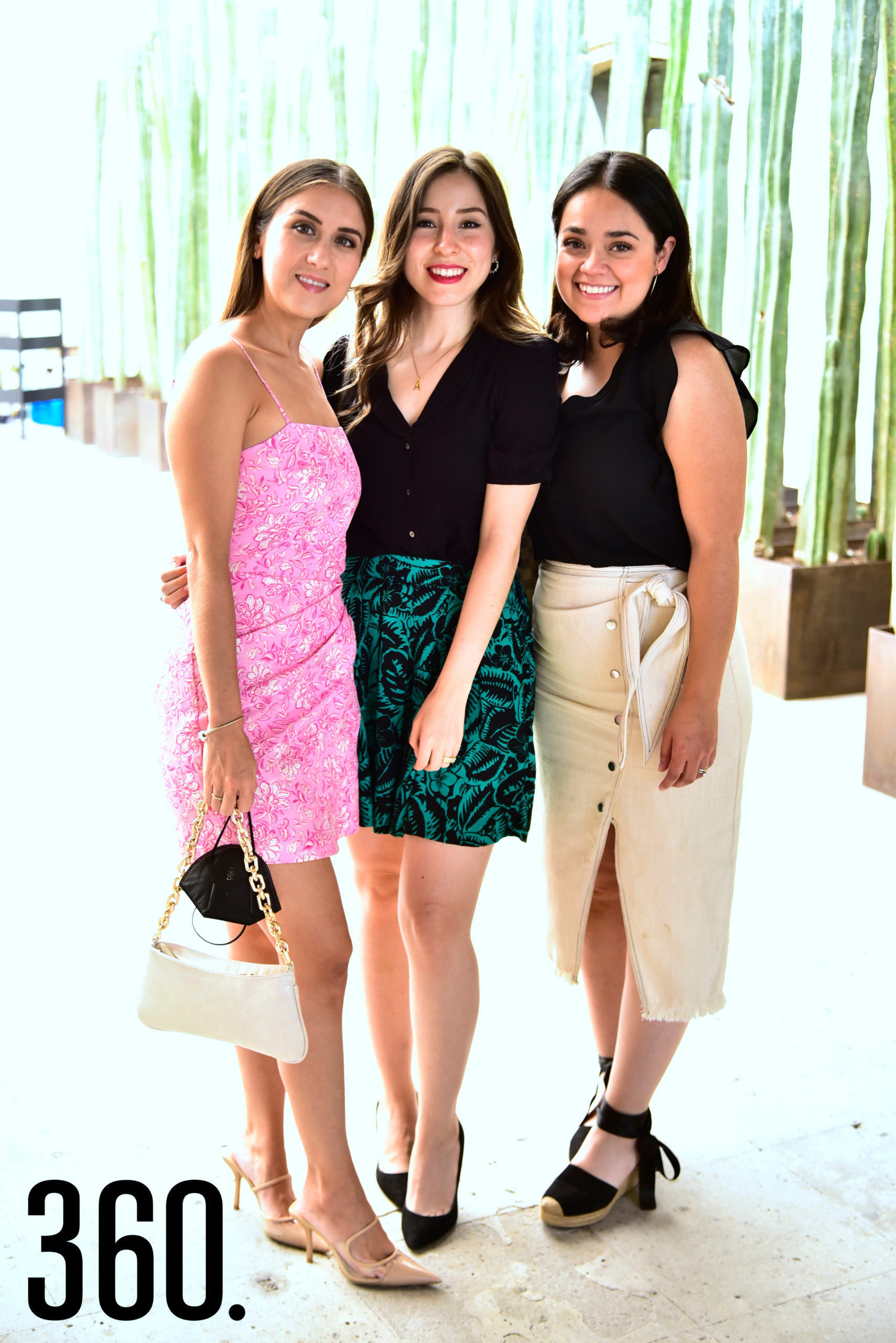 Marifer Garza, Alba Flores y Cristi Saldaña.