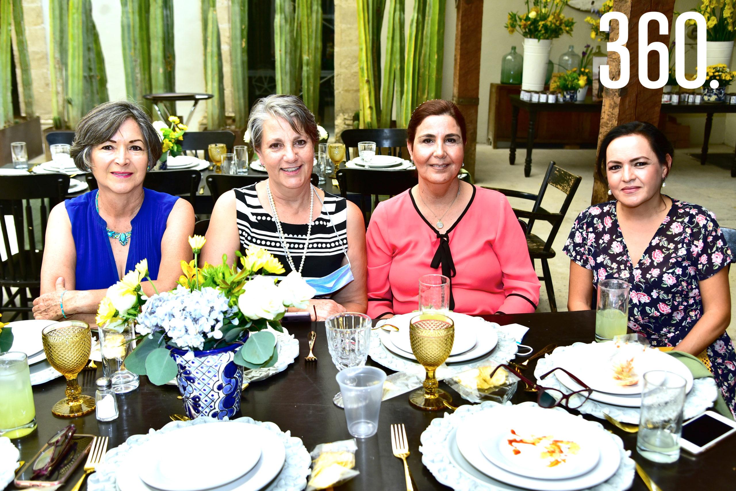 Leticia Villarreal, Luz Recio, Laura Pepi y Amalia Rodríguez.