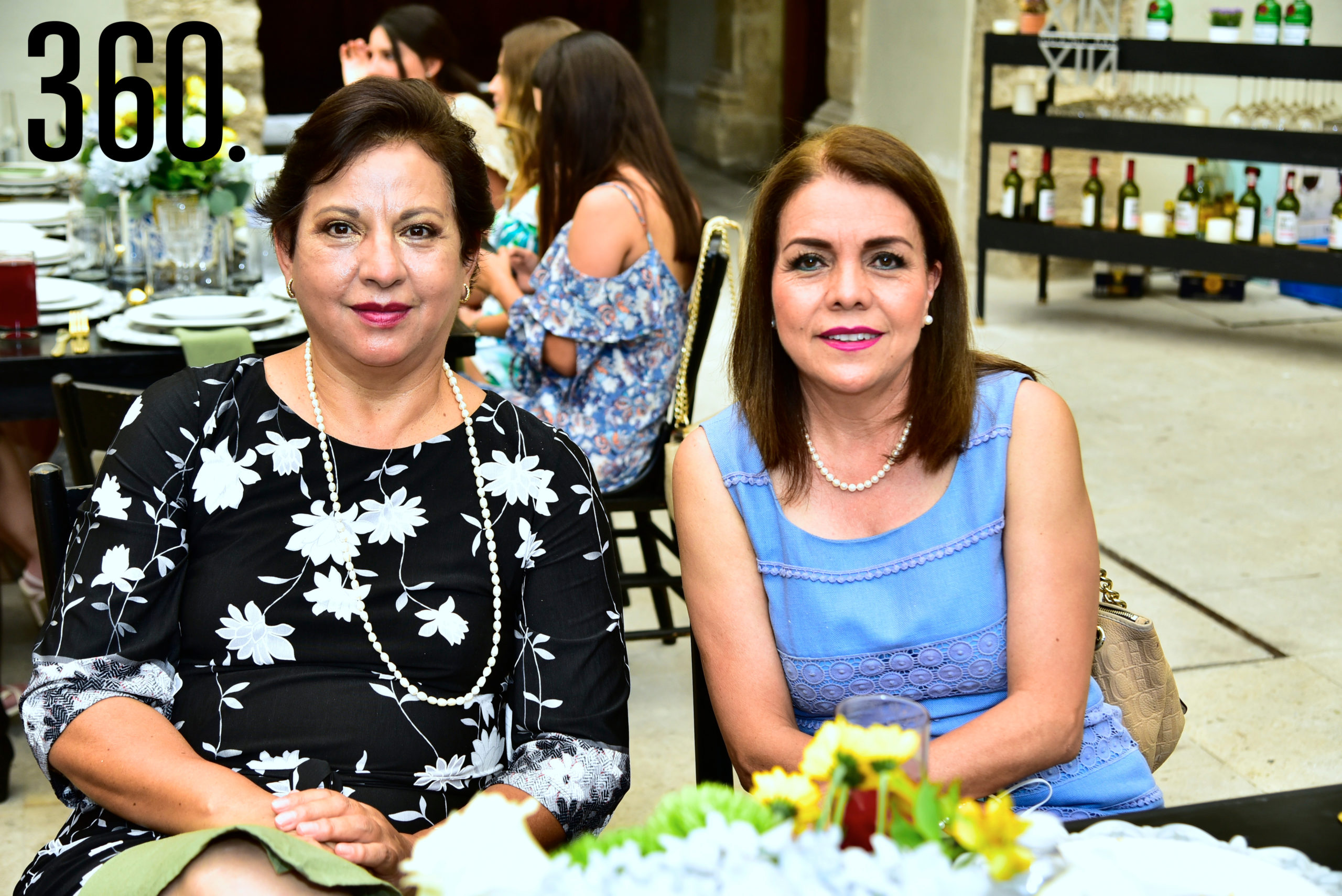 Thelma Aguayo y Malú Luna.