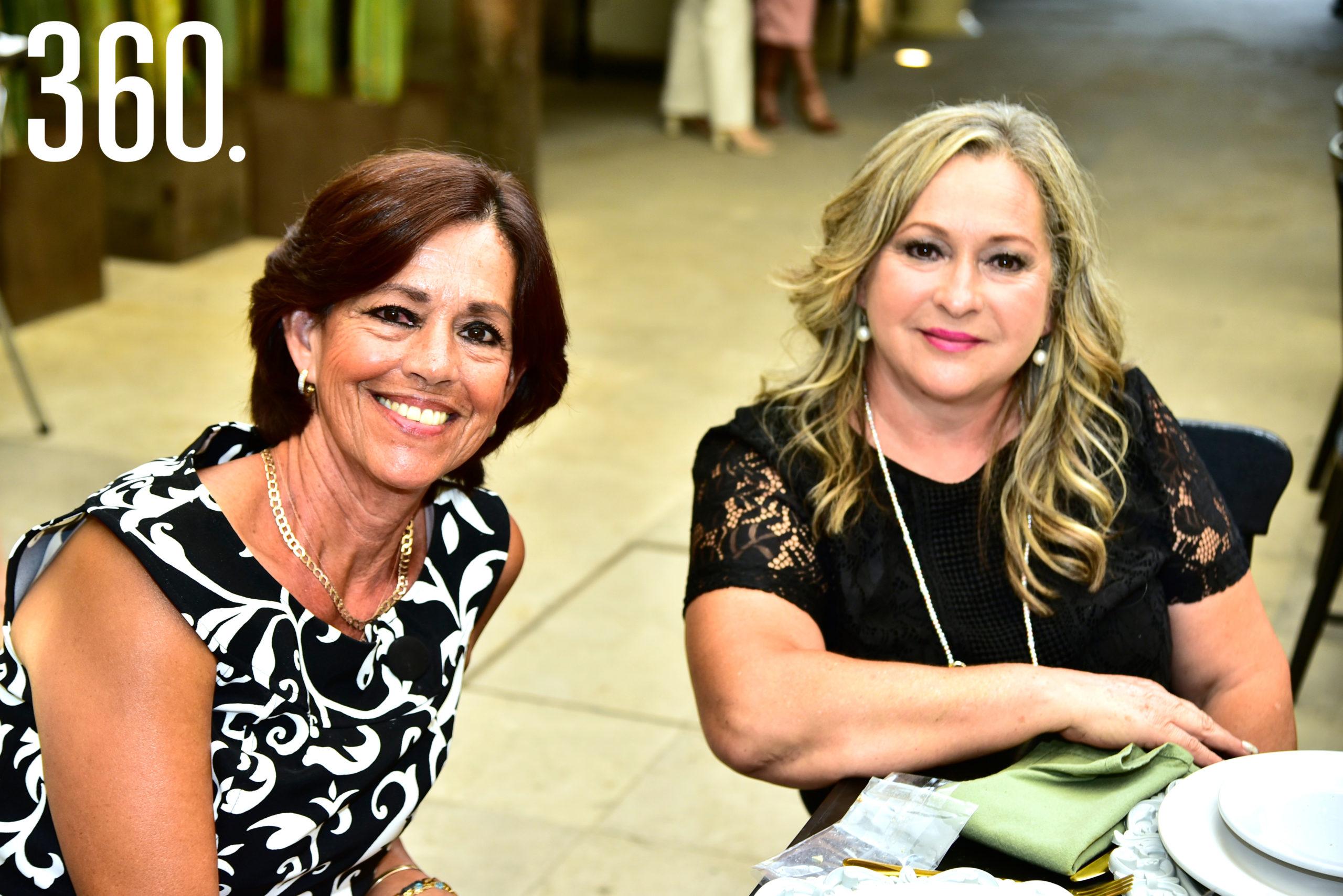 Ana Celia Delgado y Gloria García Ayala.