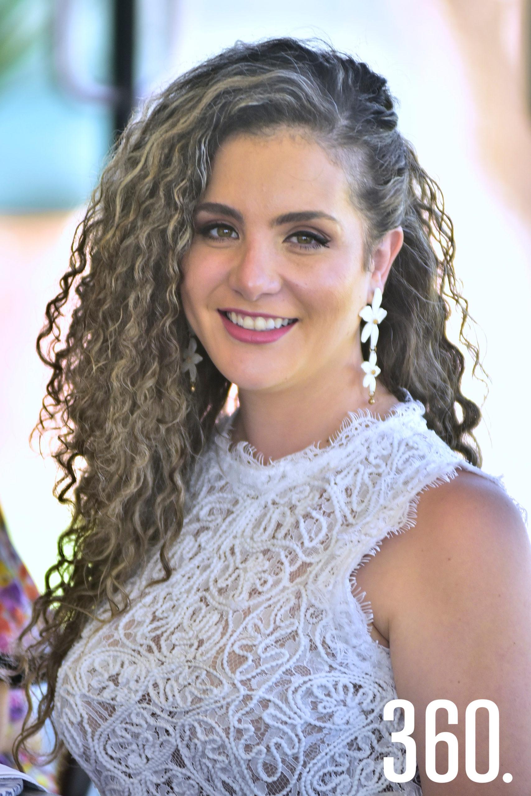 Diana Ayala.