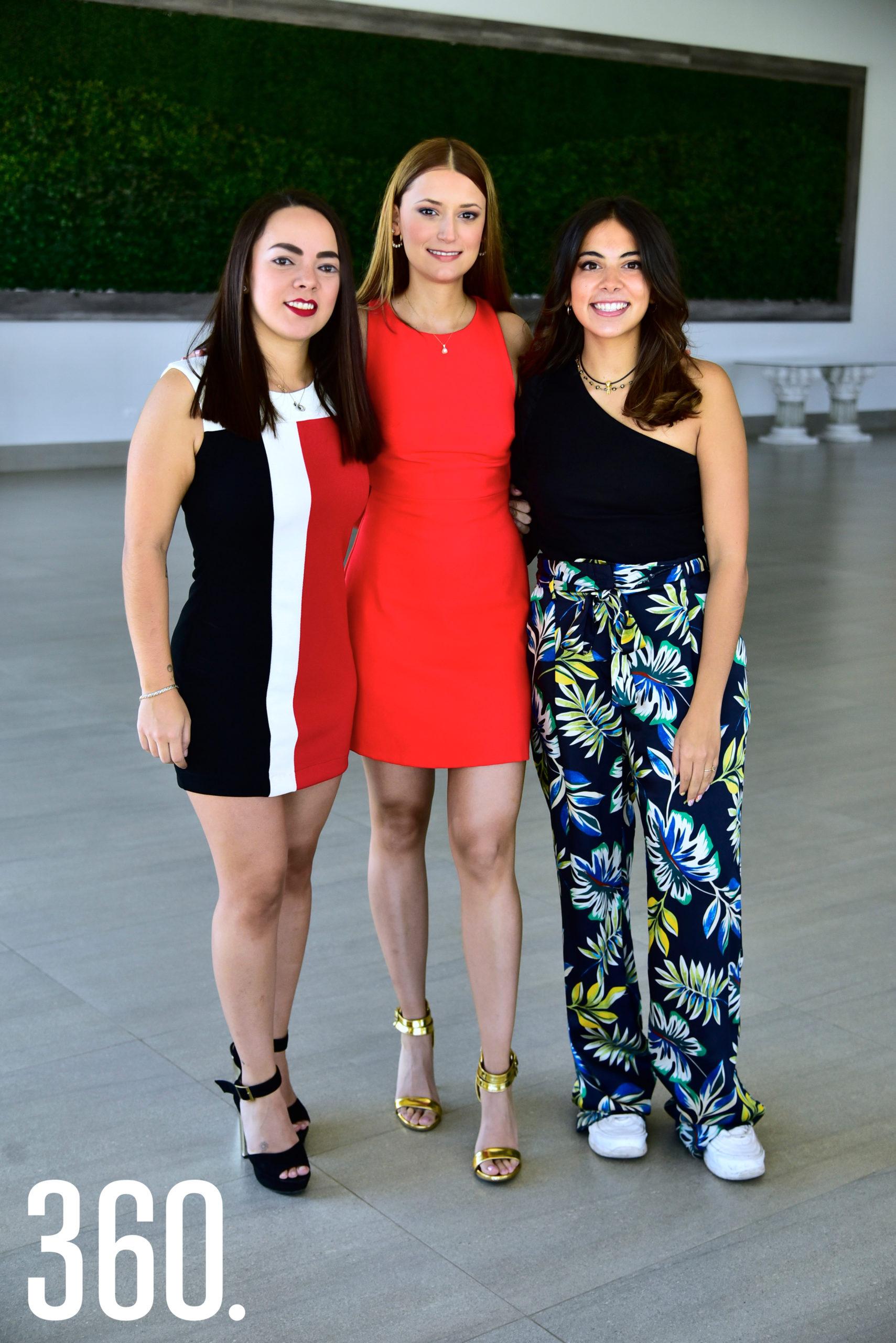 Blanca Sáenz, Fernanda Espinosa y Regina González.