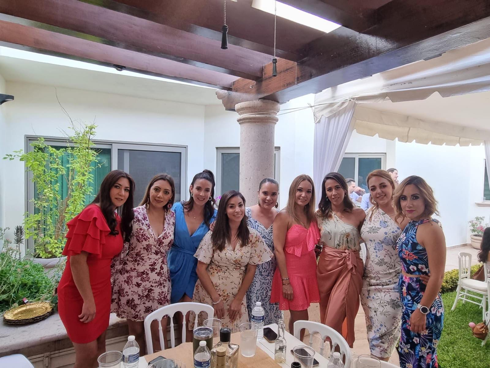 Miriam Rodríguez, Lorena Dávila, Renata Lobo, Nadia Sánchez, Marcela Garza, Ana Laura Cardenas, Diana García, Ivanova Rosales y Alejandra Salgado.