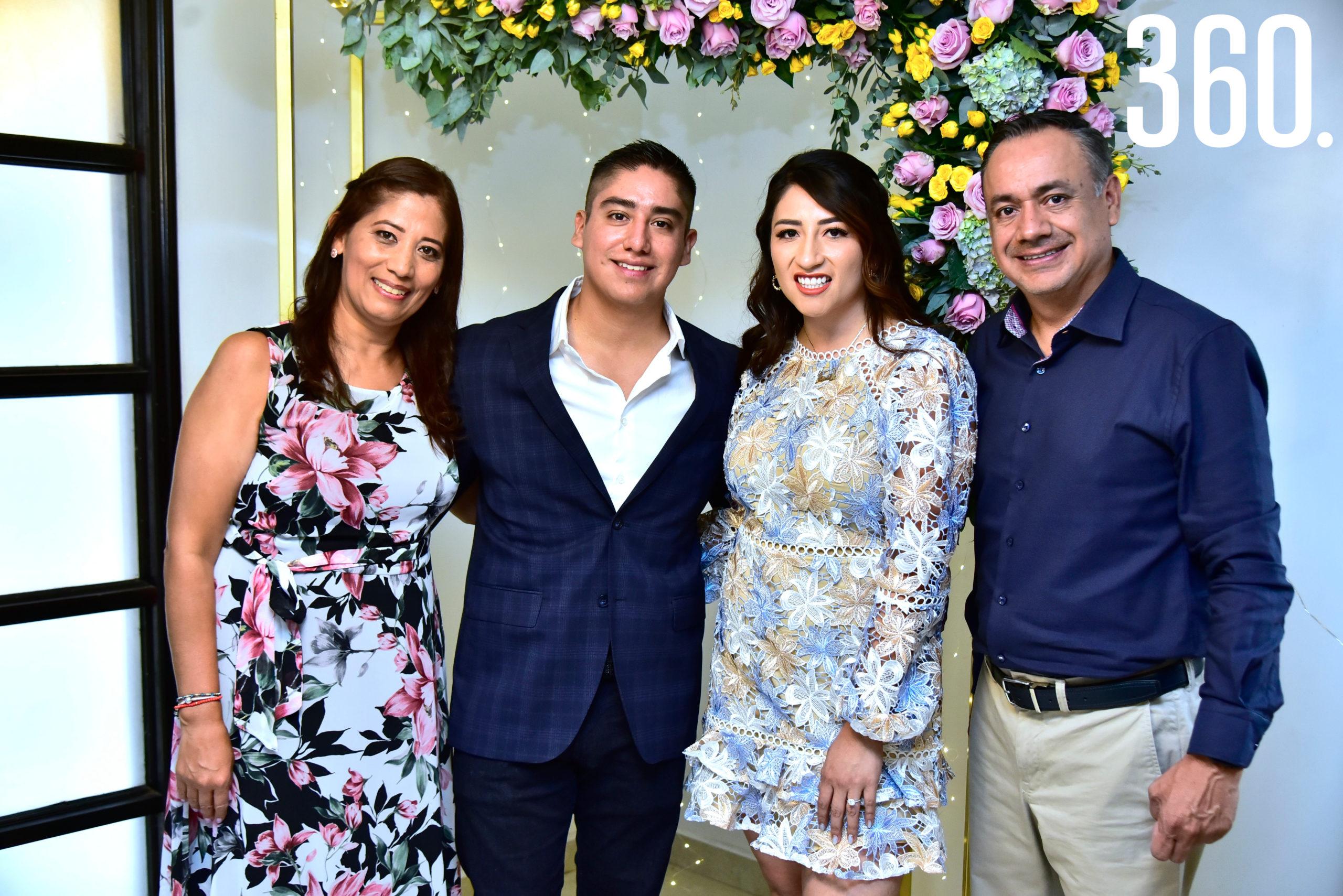 Araceli Esquivel, Jonathan Jiménez, Janeth Espinosa y Rodolfo Jiménez.