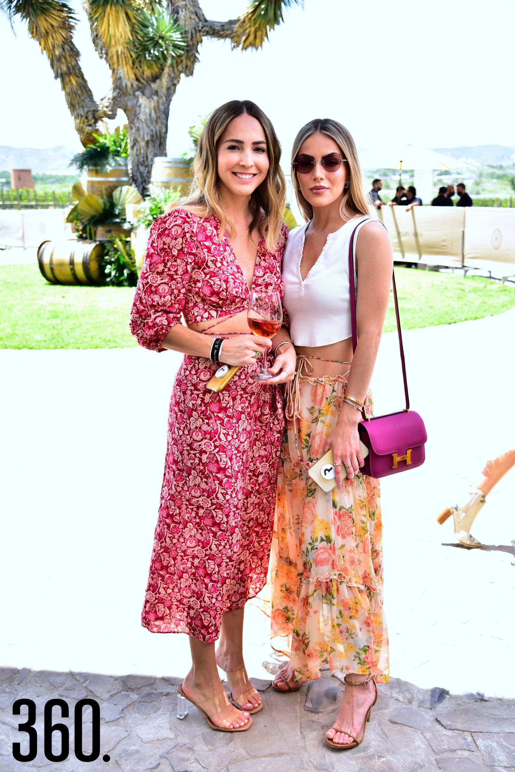 Andrea Villarreal y Valeria Villarreal.