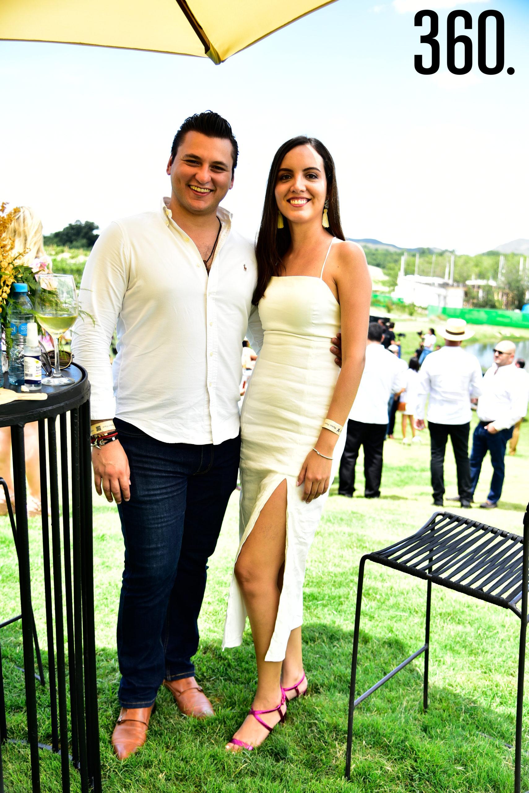 Rodrigo Cavazos y Estefanía Pérez.