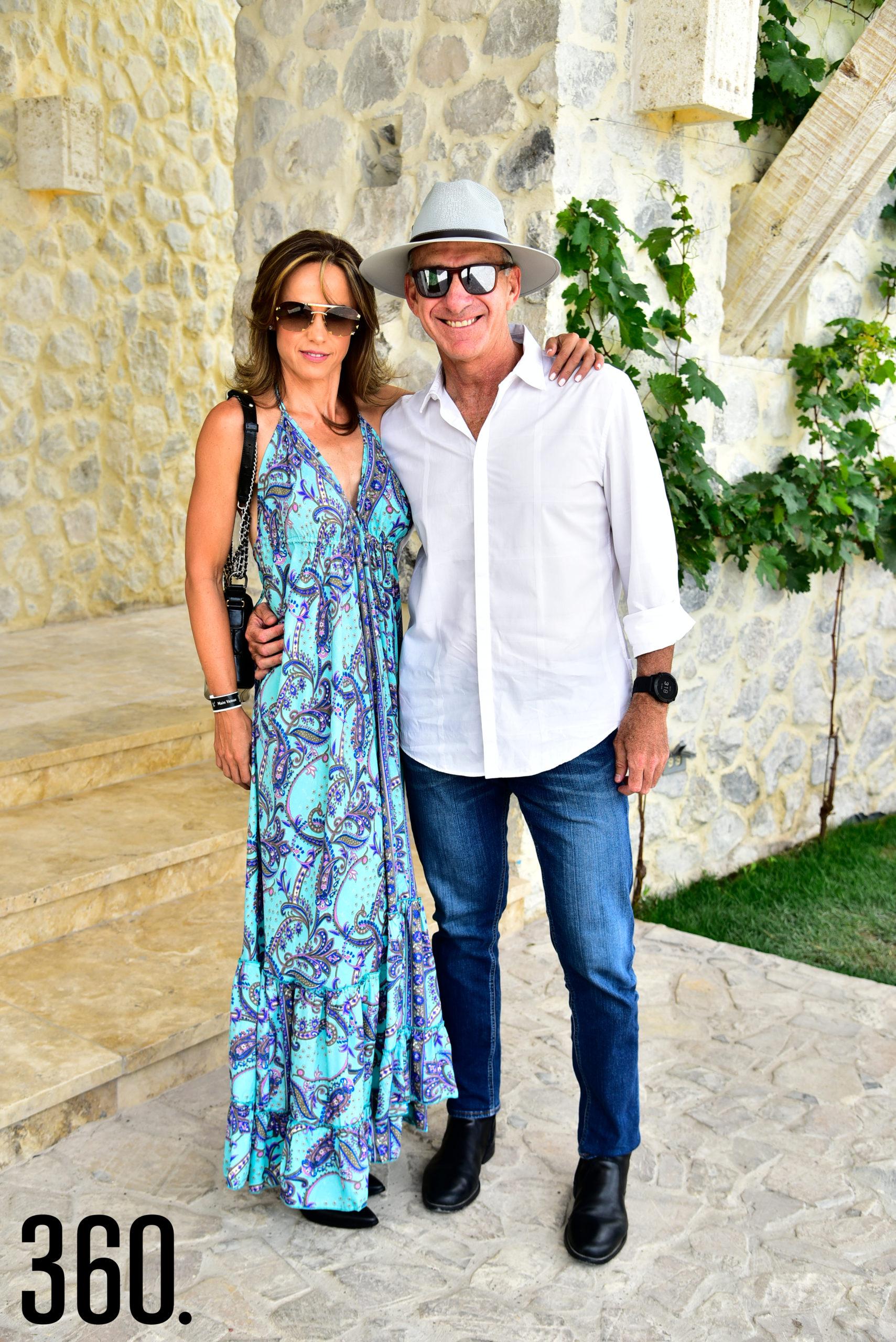 Lorena Valdés y Hugo Olivier.