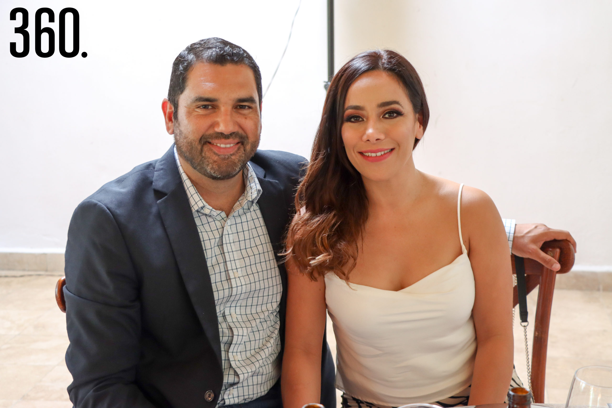 Héctor Cárdenas y Grethel Bayardo.