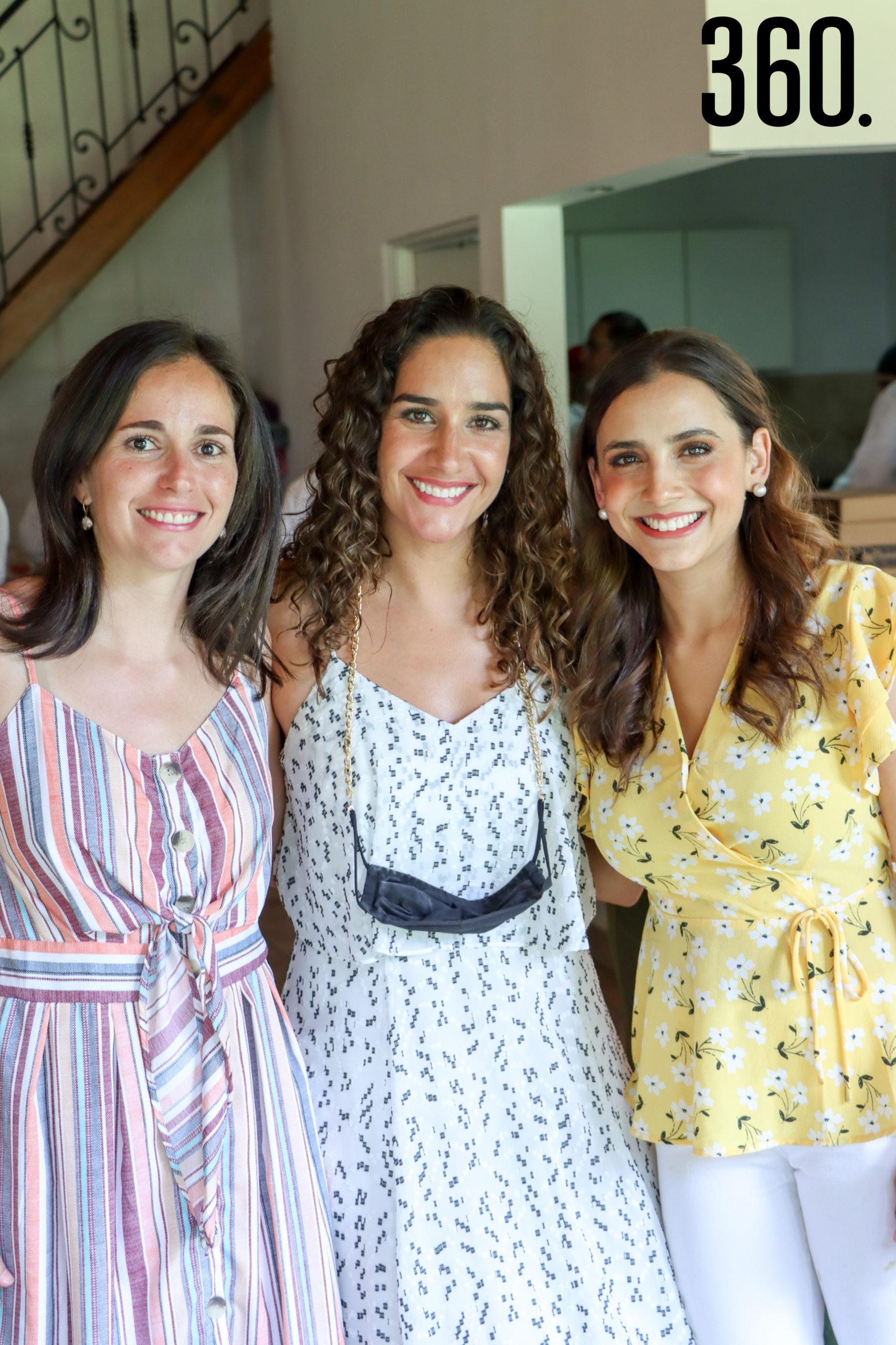 Analu Rumayor, Roxana Pérez y Mónica Arce.