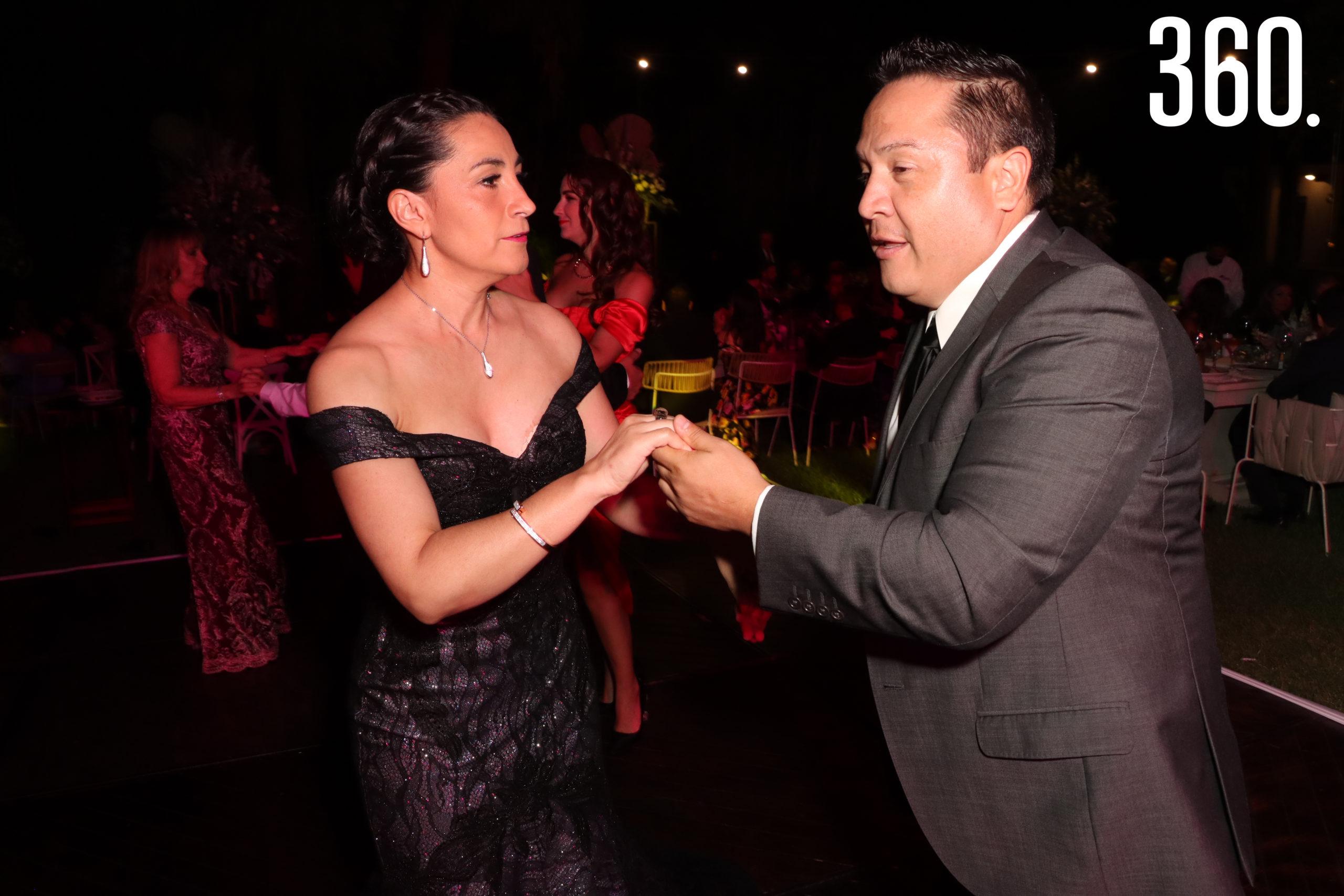 Omar Rodríguez y Lorena González.