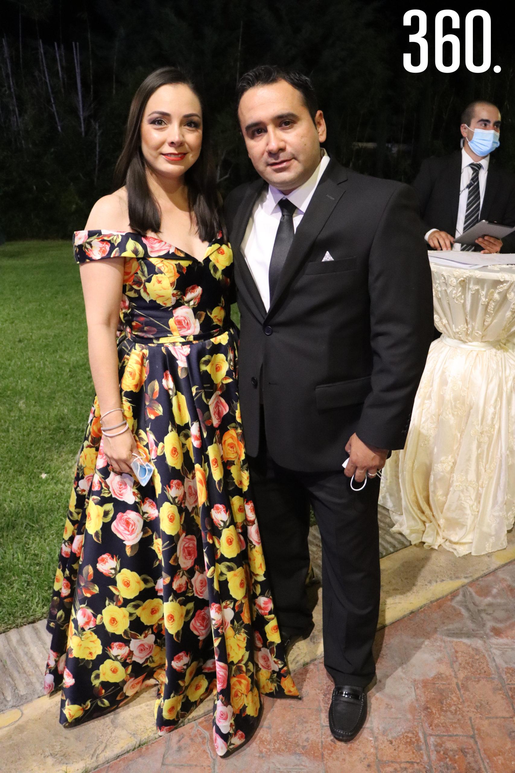 Adoración Contreras y Roberto Ortiz.