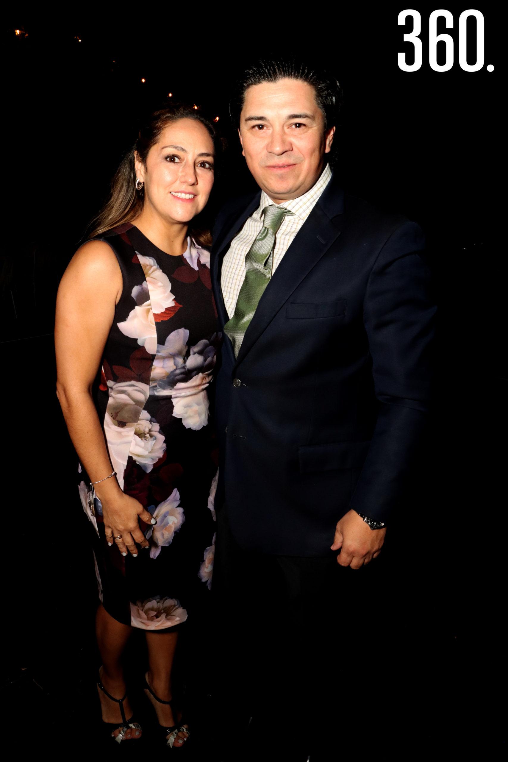 Francisco Guajardo y Adriana Tononé.